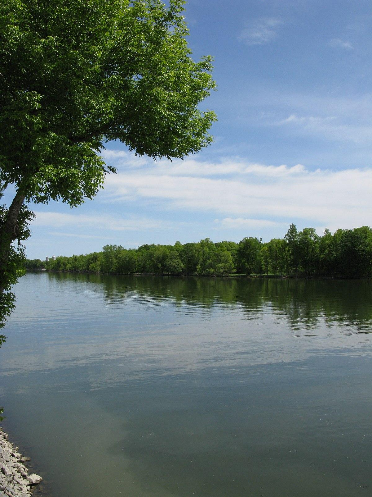 Richelieu river photo