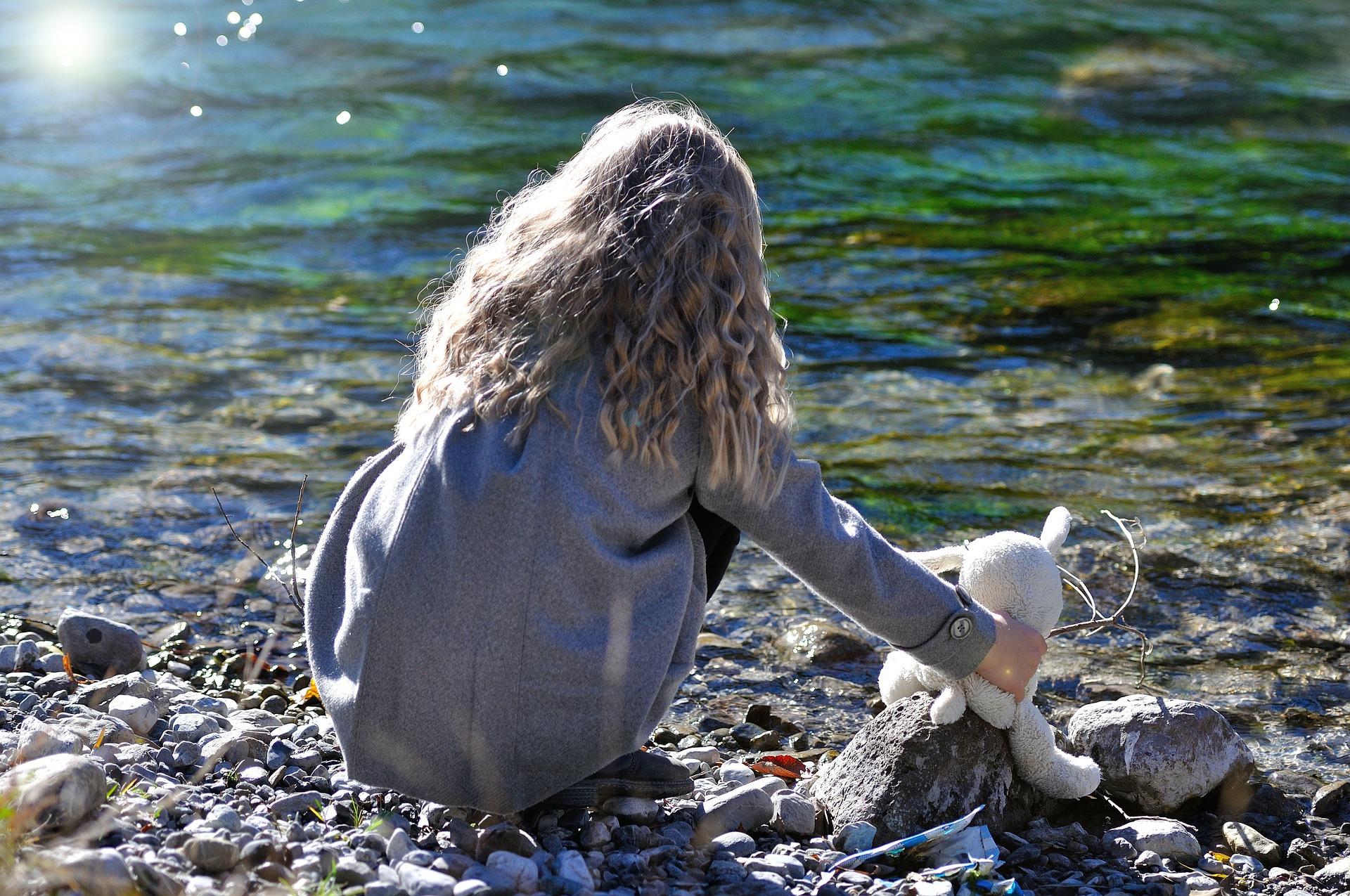 River, Adorable, Pose, Teen, Shore, HQ Photo