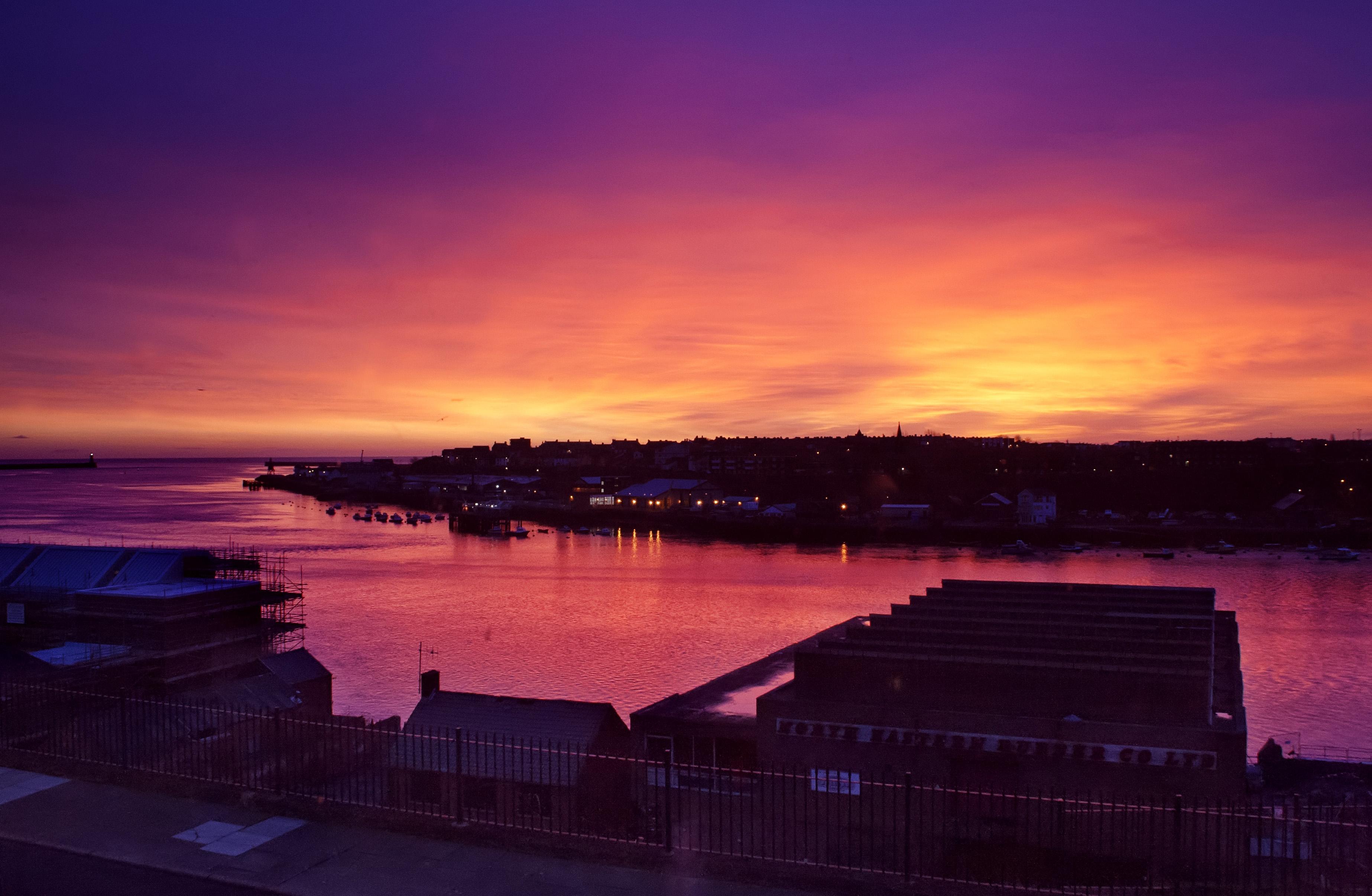 River tyne sunrise photo