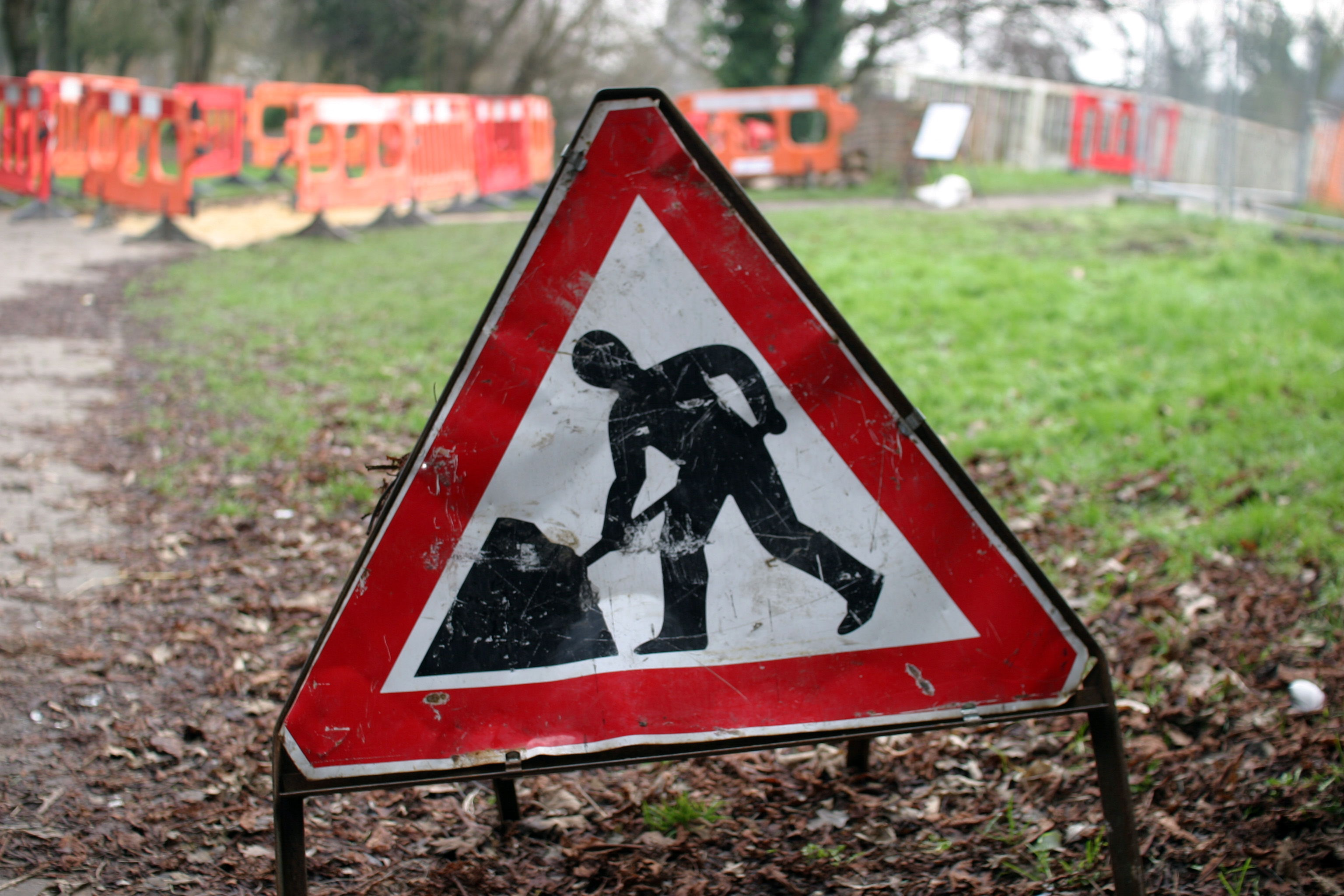 Langside Road – Roadworks – Comrie