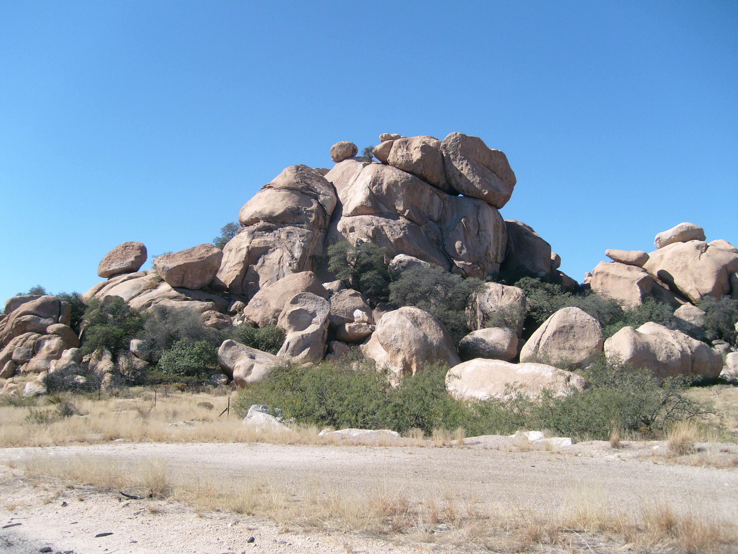Day 68 – AZ rock formations | Cross Country Bicycling with Carrie