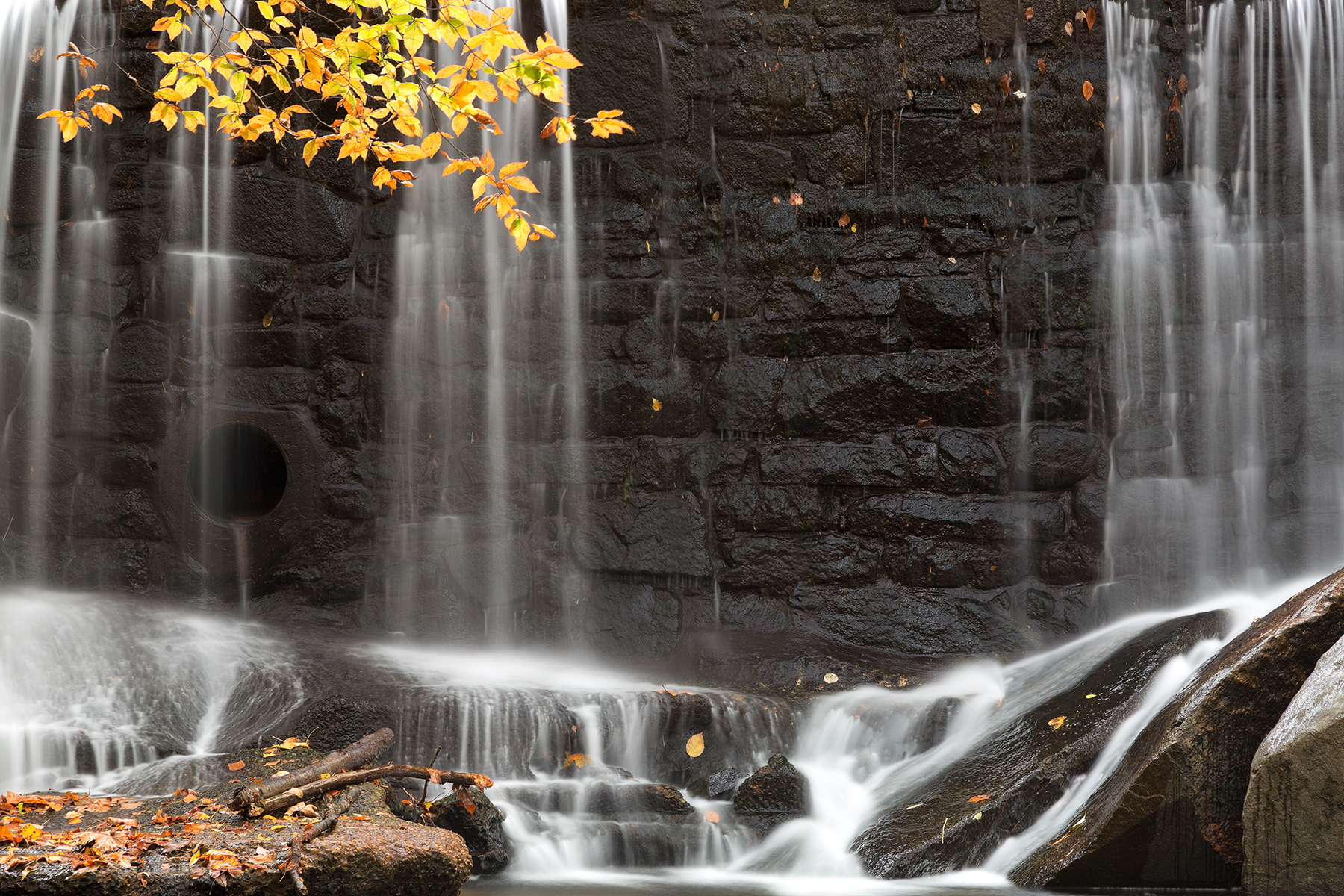 Rock wall autumn falls photo