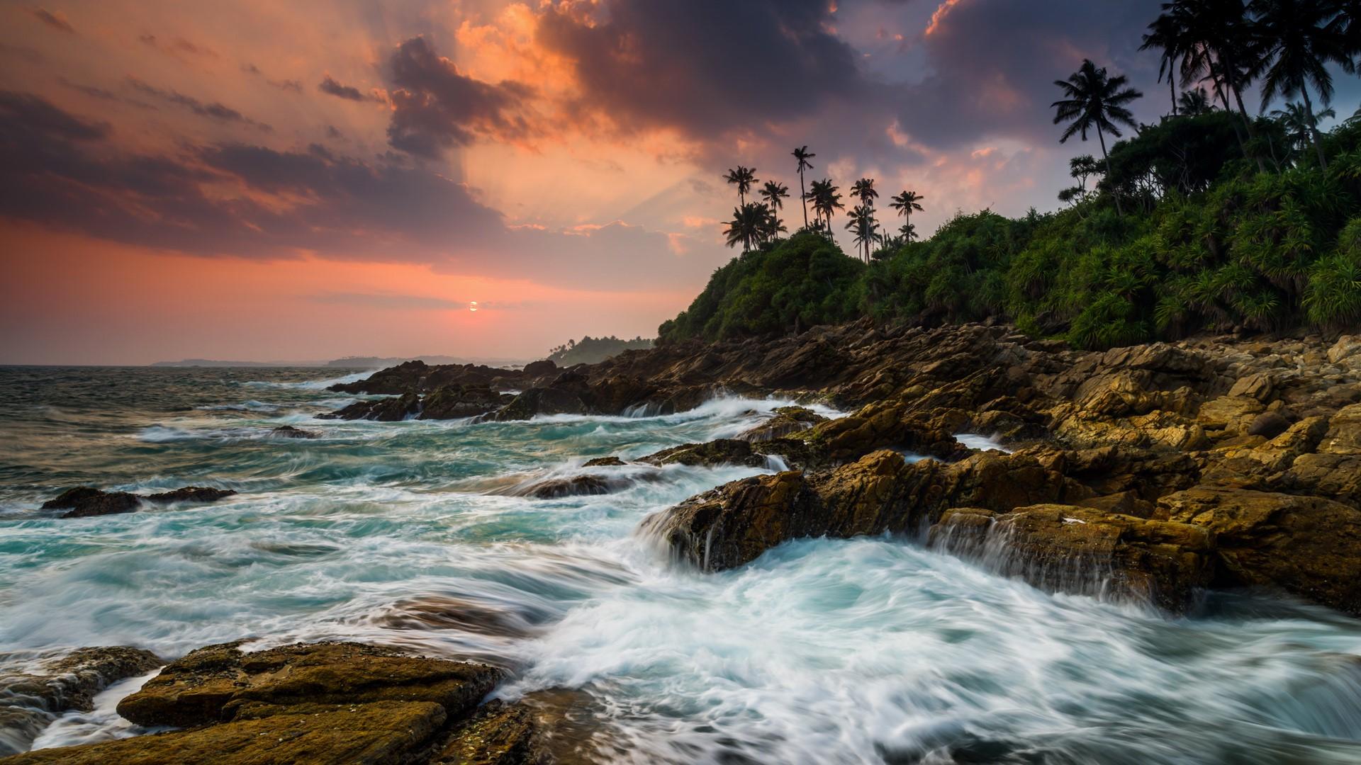Sunset on the rocky shore, Tangalle, Sri Lanka   Windows 10 ...