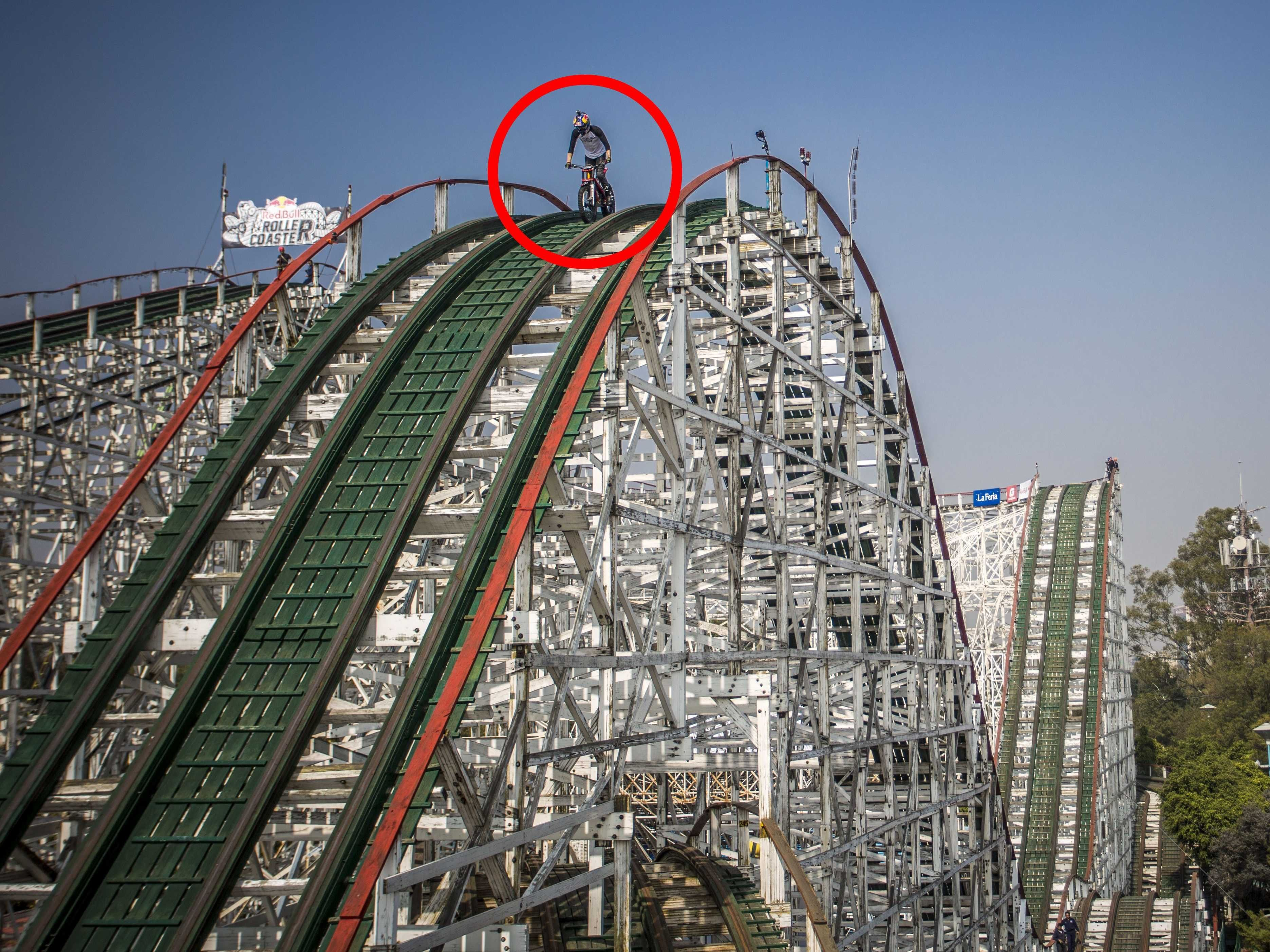 This guy took his dirt bike and rode it on a roller coaster track ...