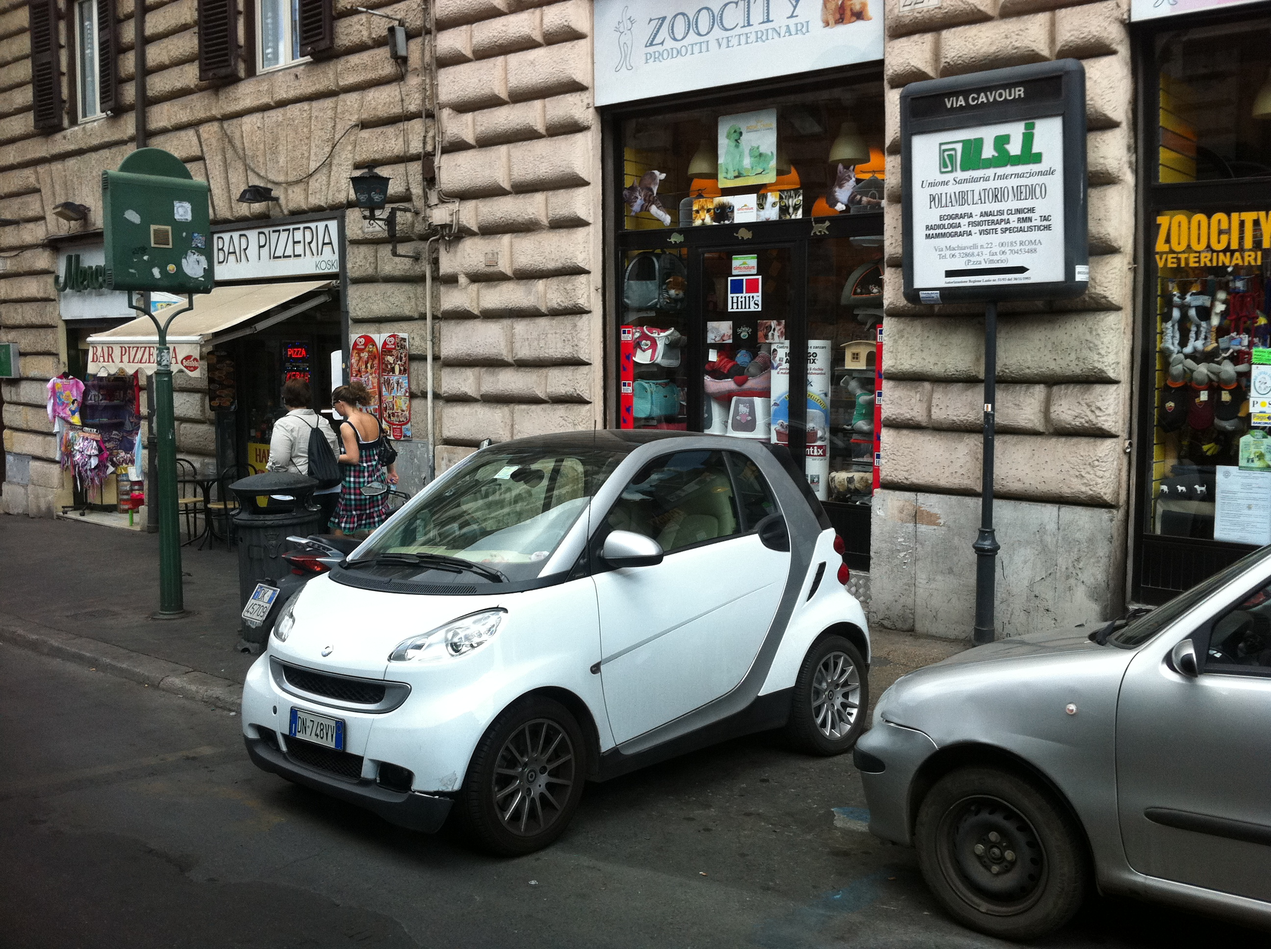Rome cars photo
