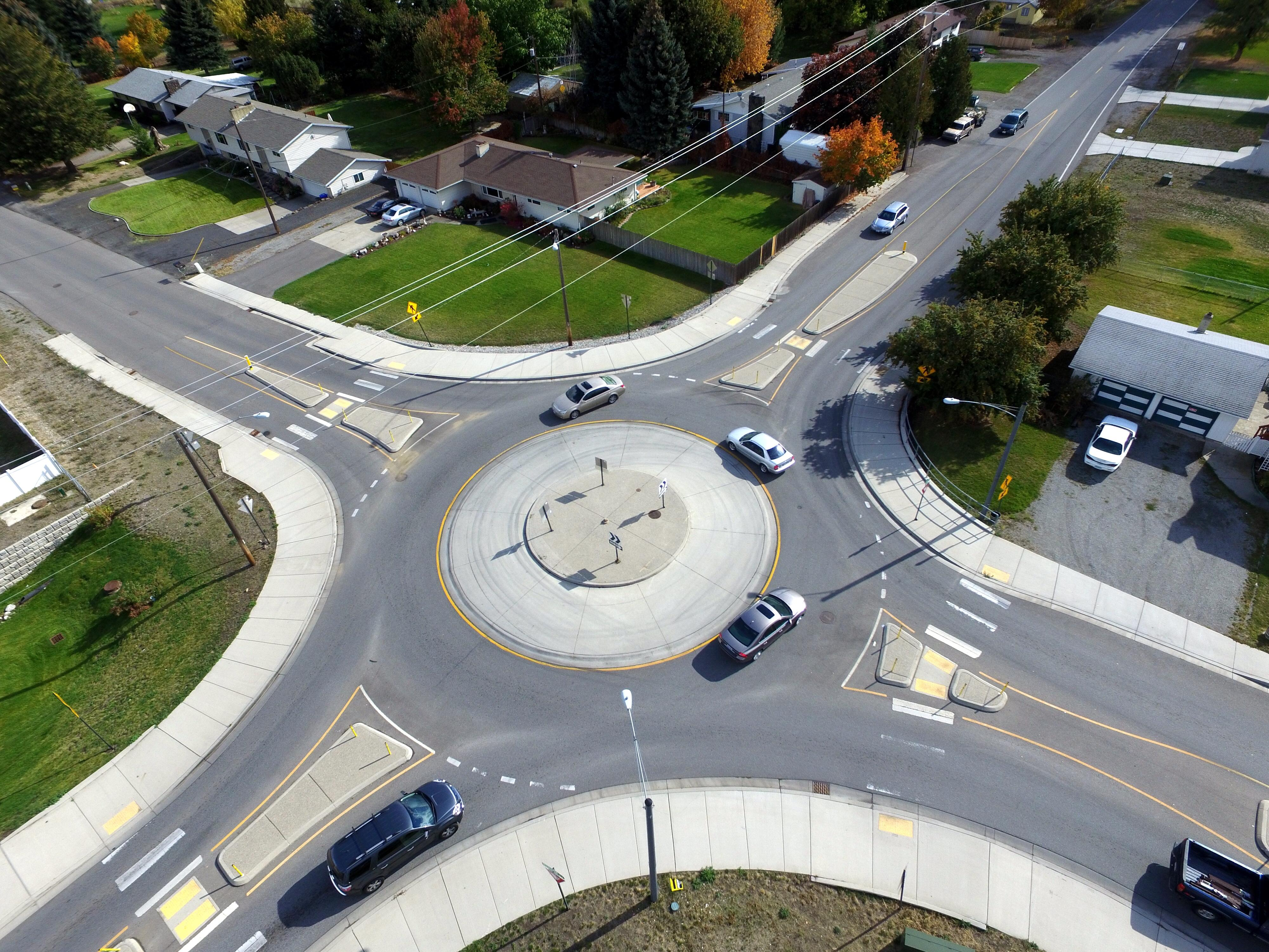 Washington State DOT touts roundabouts | The Spokesman-Review