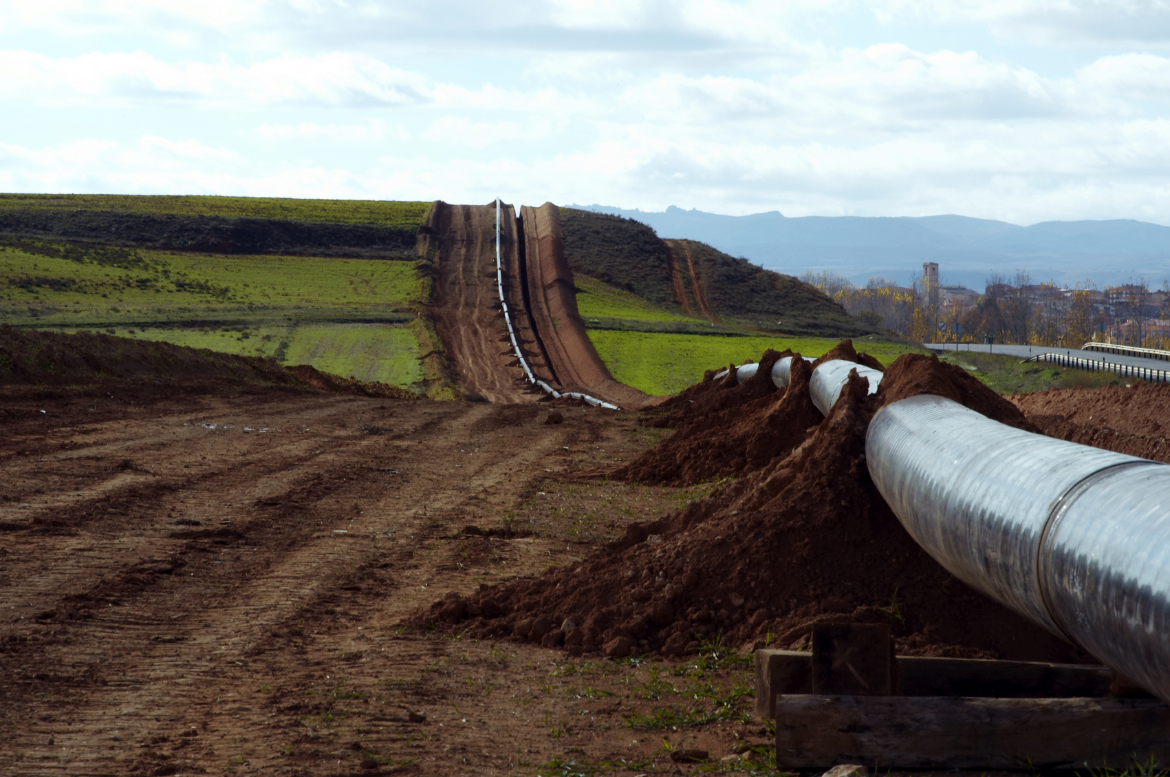 Oil and Gas Surveying: Simplifying Pipeline Route Selection   Landpoint