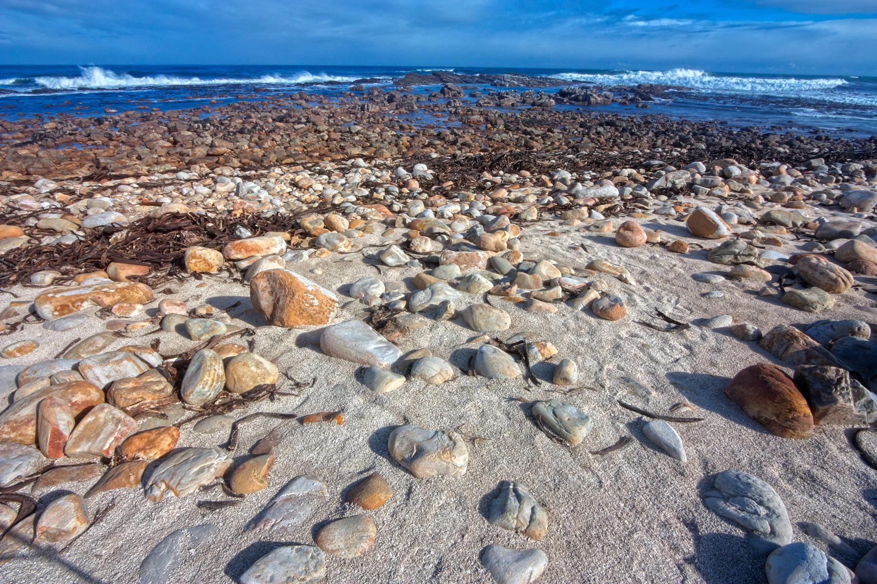 Rugged beach - hdr photo