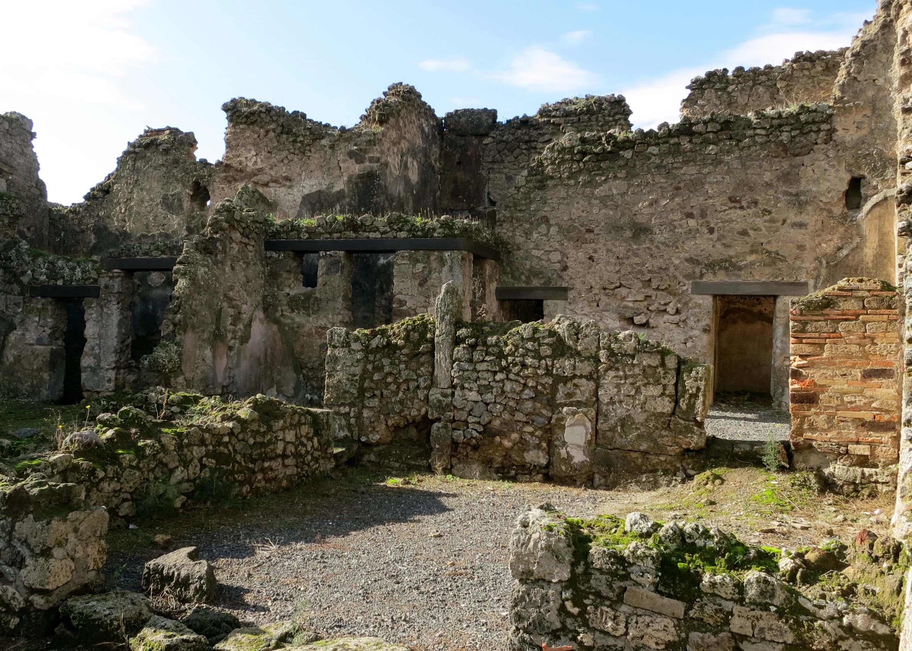Ruins photo