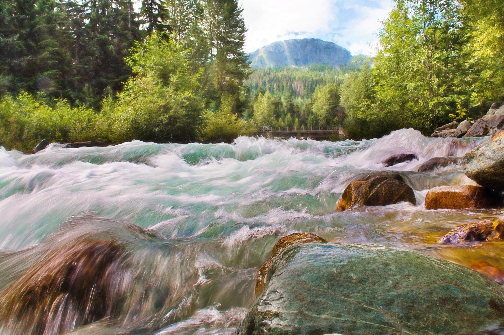 Running water photo