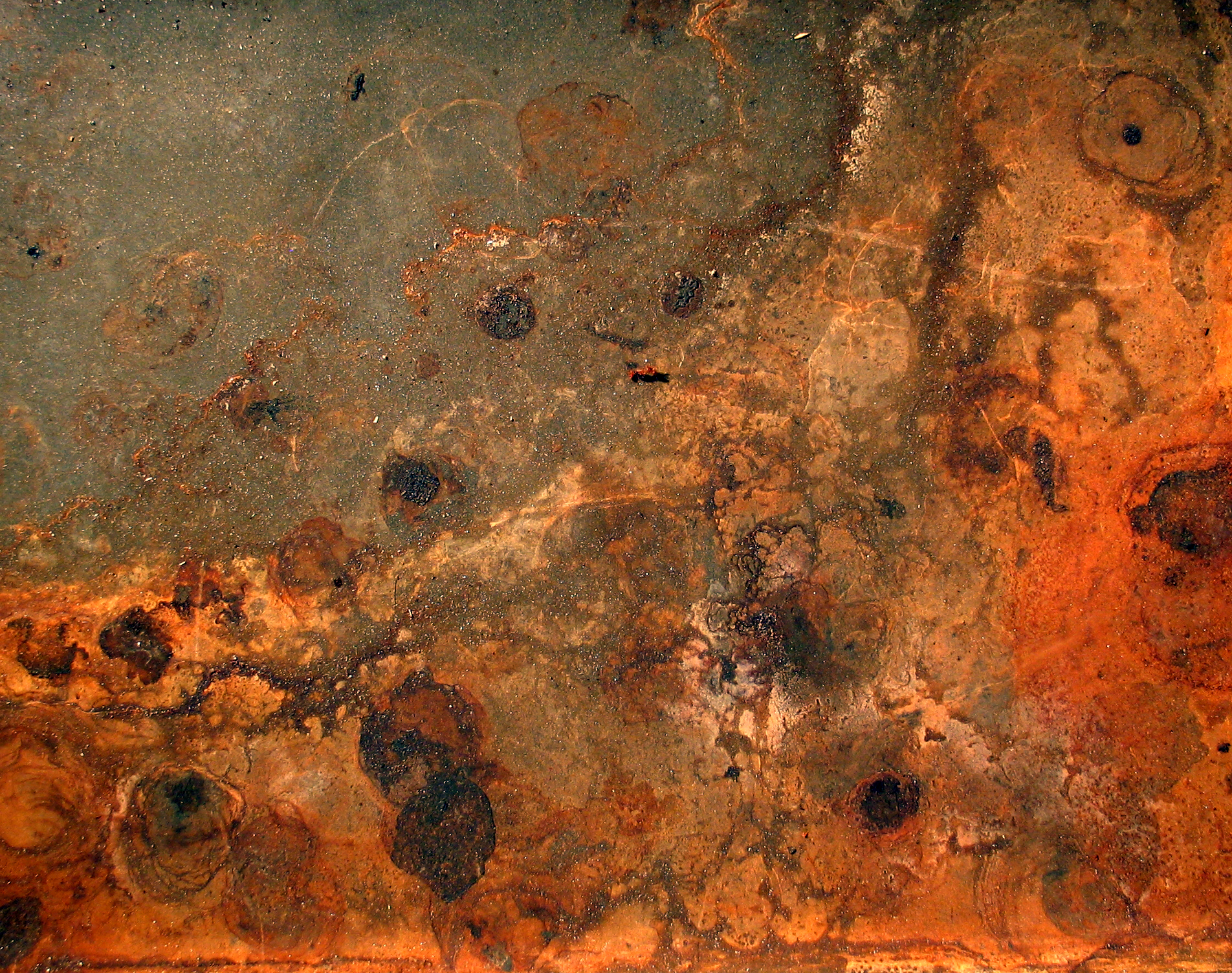 File:Rust and dirt.jpg - Wikimedia Commons