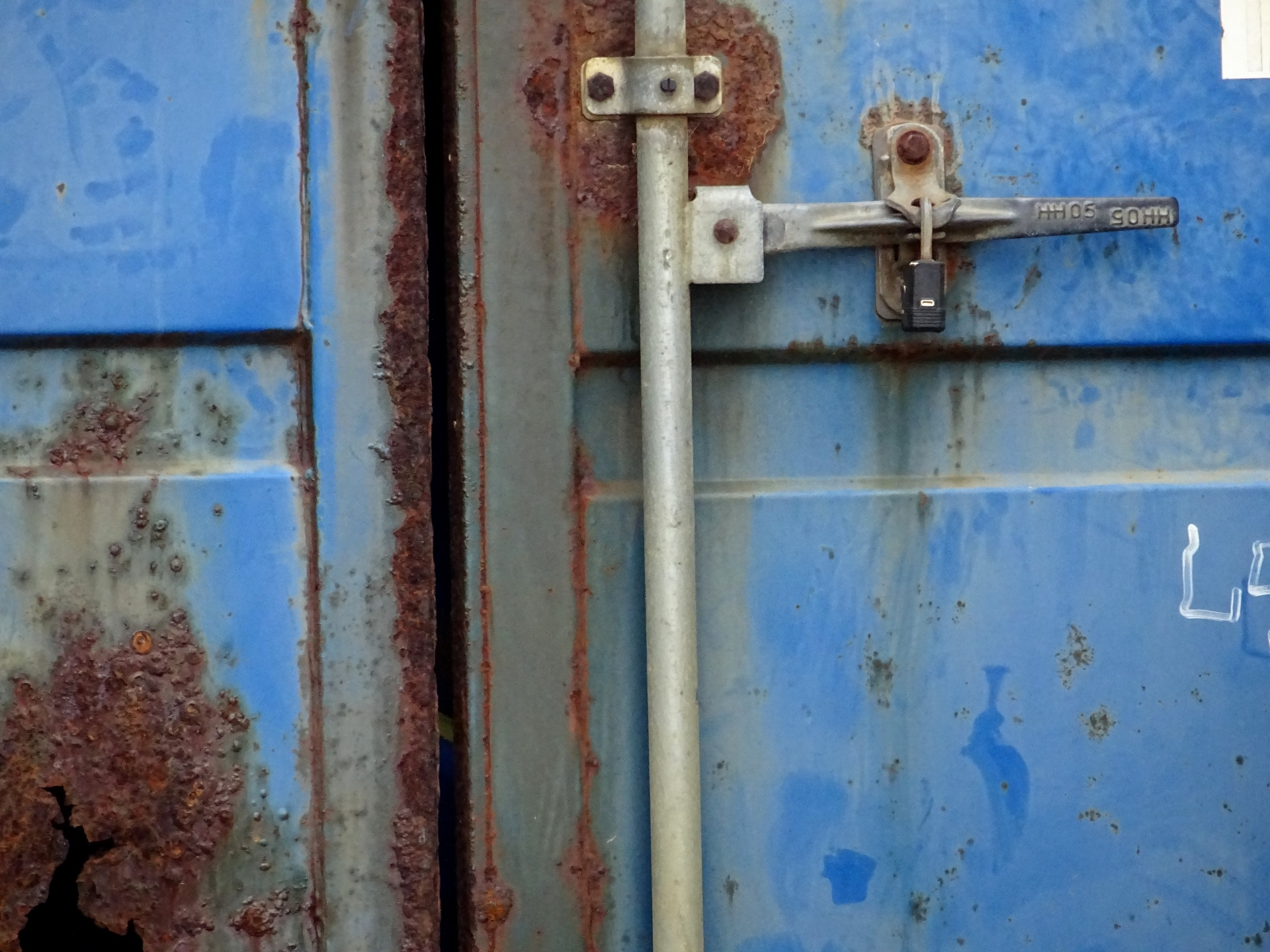 Rusted container photo
