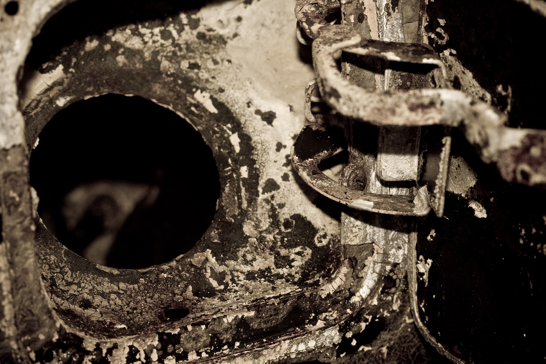 Rusted piece of metal, Auto, Car, Industrial, Metallic, HQ Photo