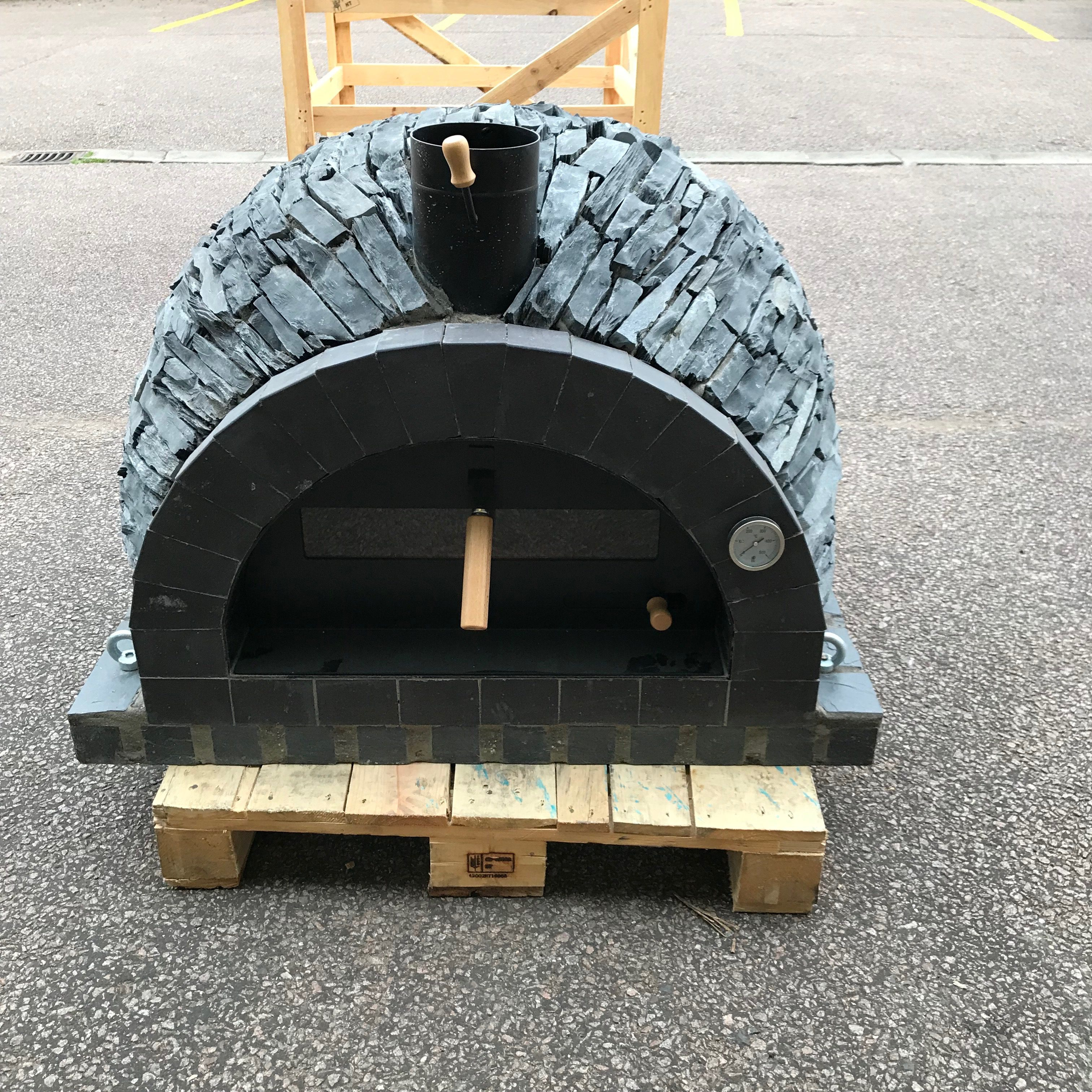 Traditional oven - Black Rustic Stone Model - Mobi Pizza Ovens Ltd ...