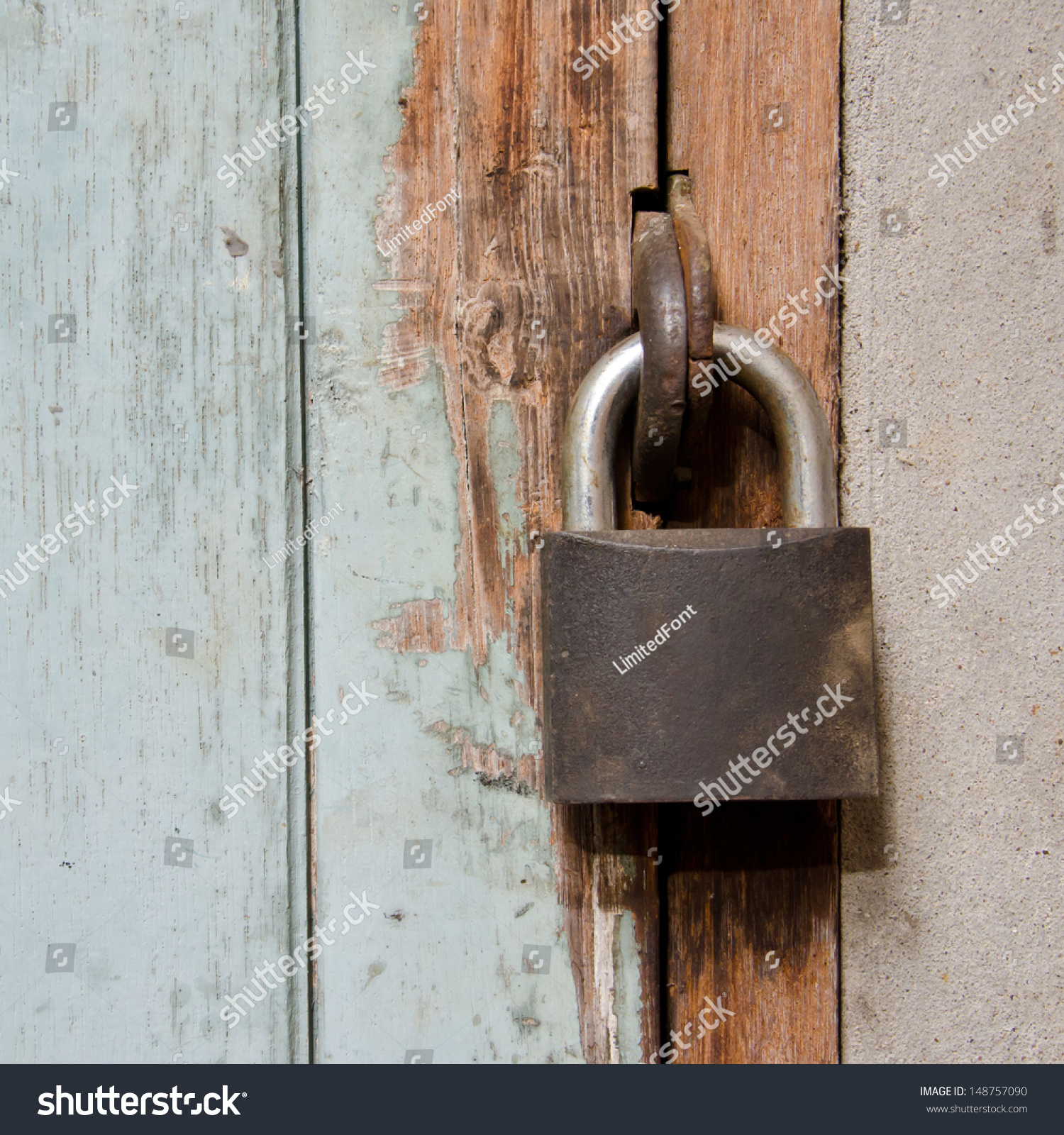 Metal Rusty Padlock On Old Wooden Stock Photo 148757090 - Shutterstock