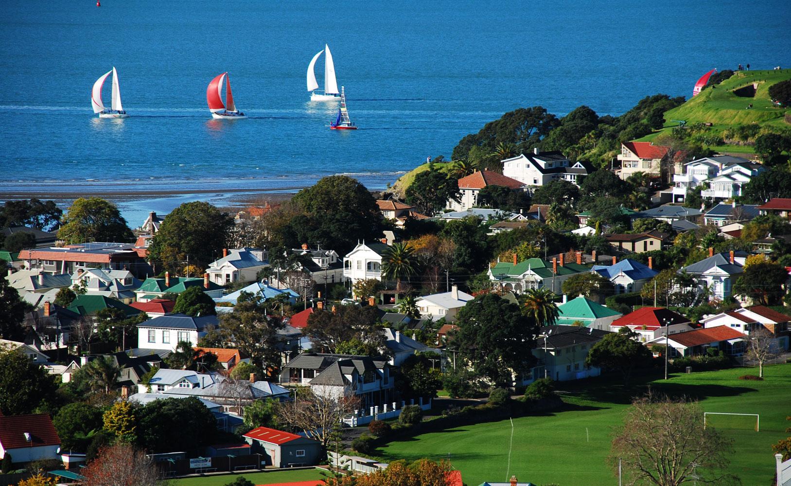 Sailing at Cheltenham, Beach, Blue, Boats, Devonport, HQ Photo