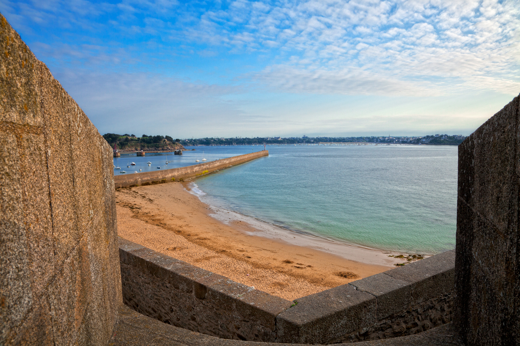 Saint-malo beach scenery - hdr photo