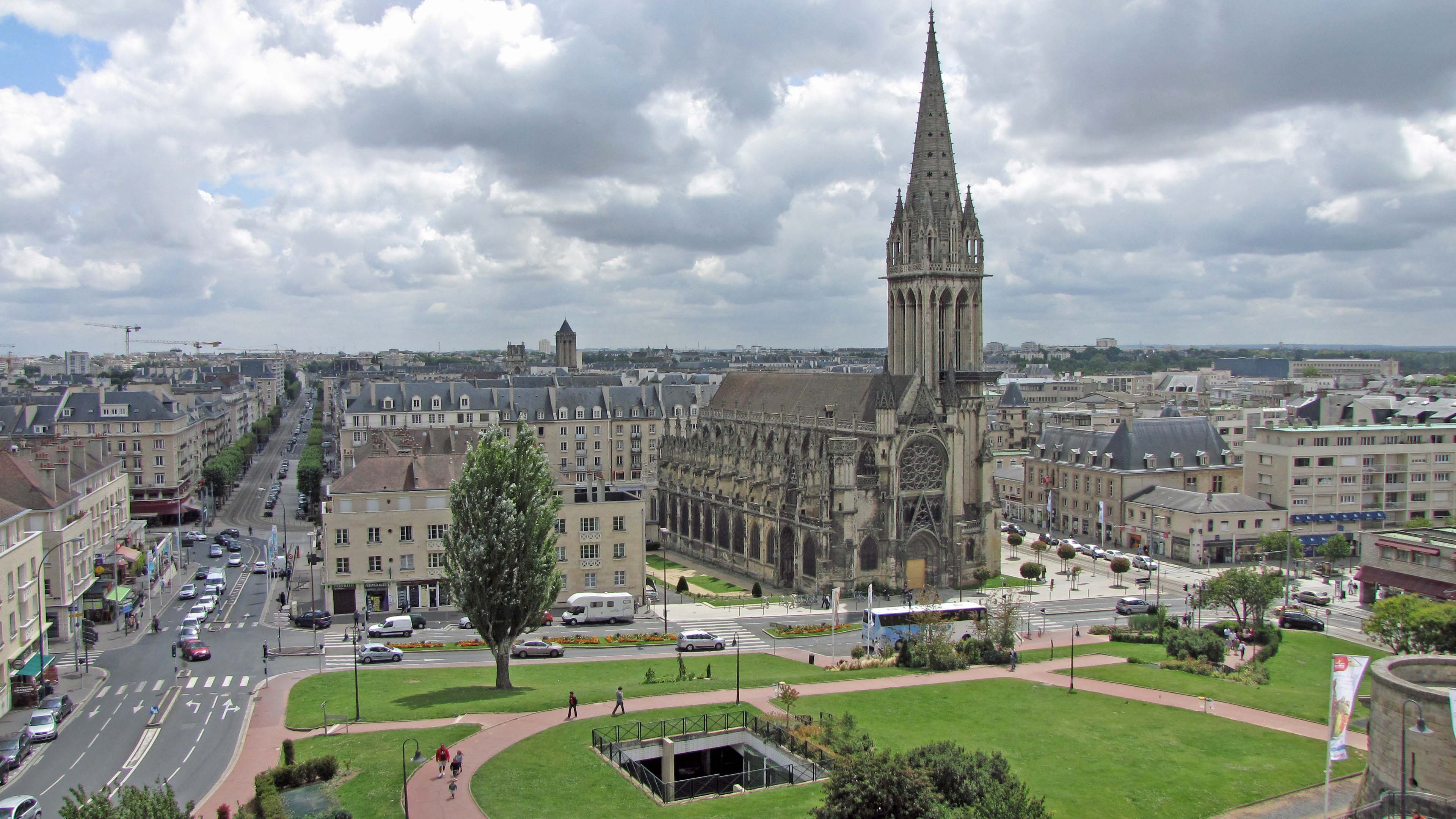 File:Église Saint-Pierre (Caen) (1).jpg - Wikimedia Commons