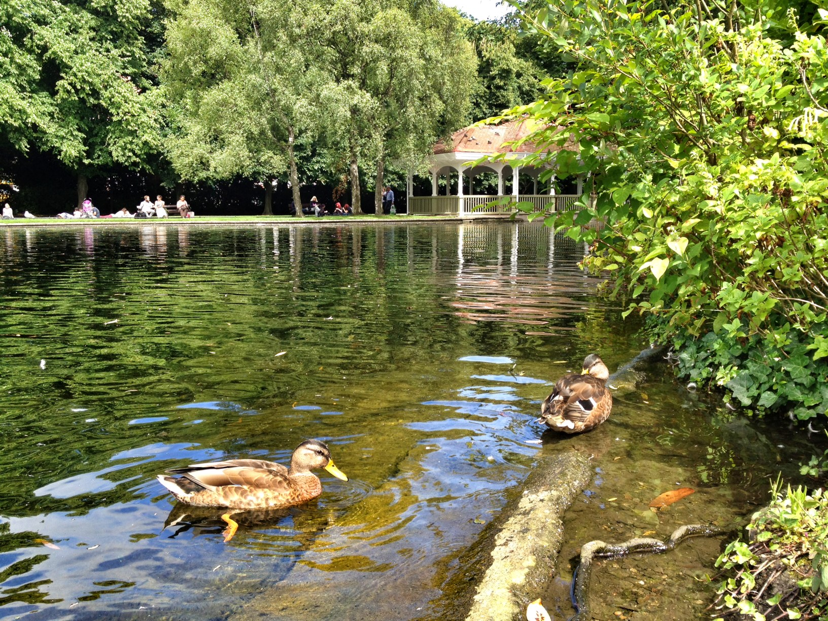 Saint stephen's green photo