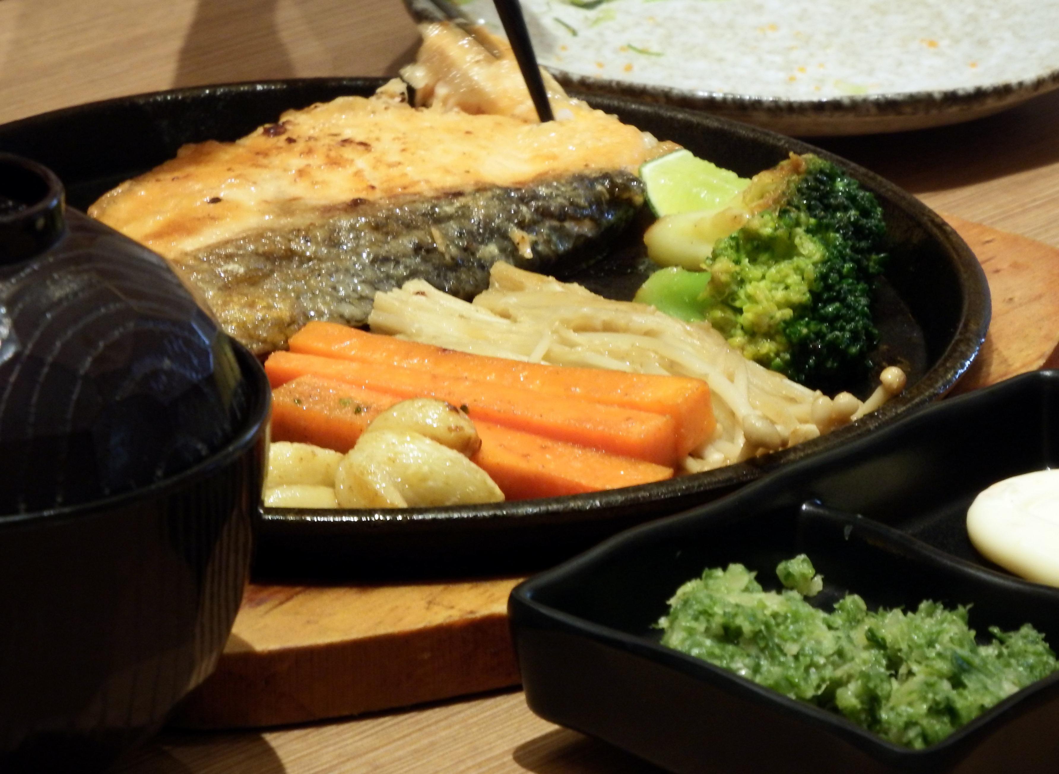Salmon steak set photo