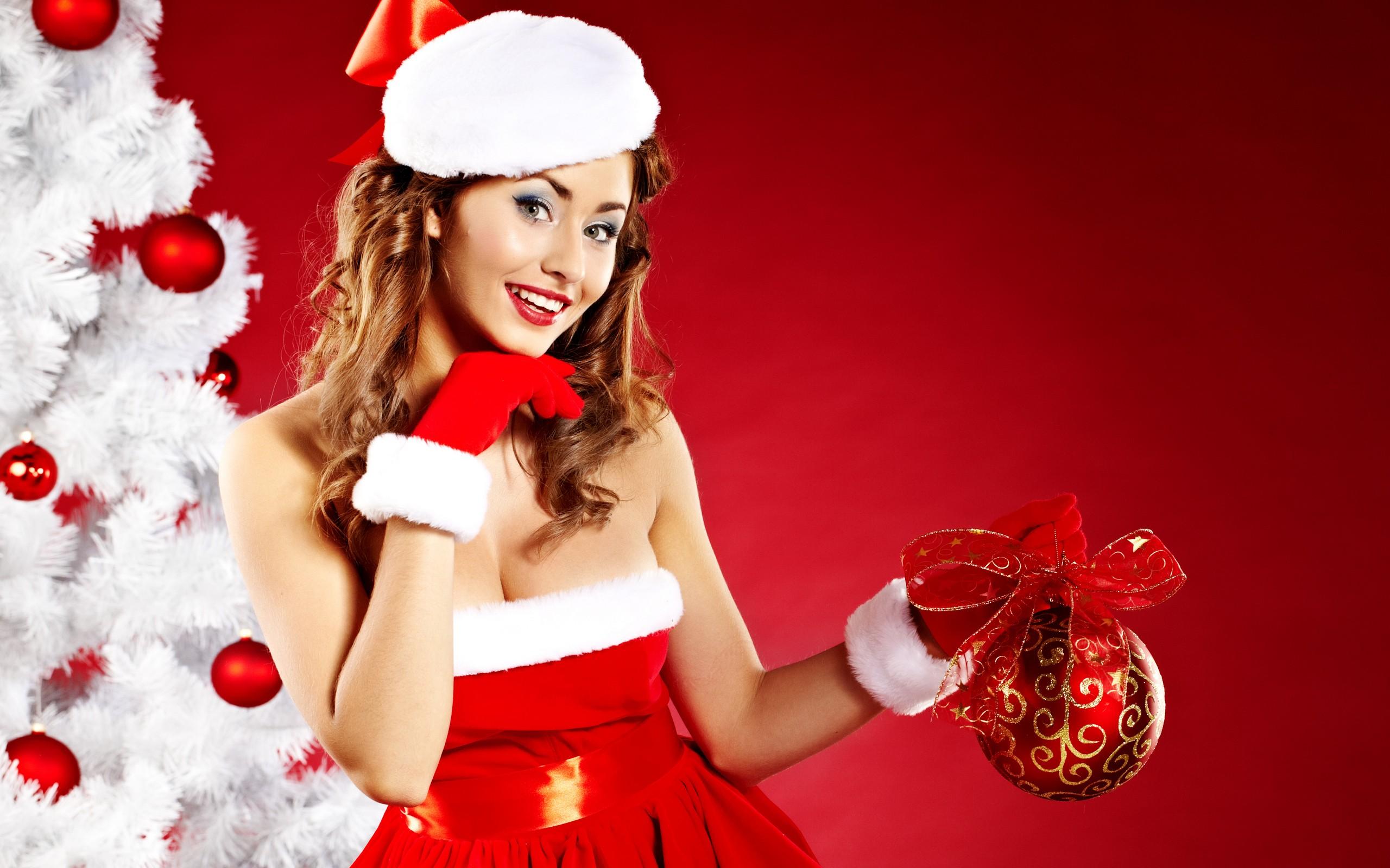 Woman Santa Claus wallpaper - 1049507