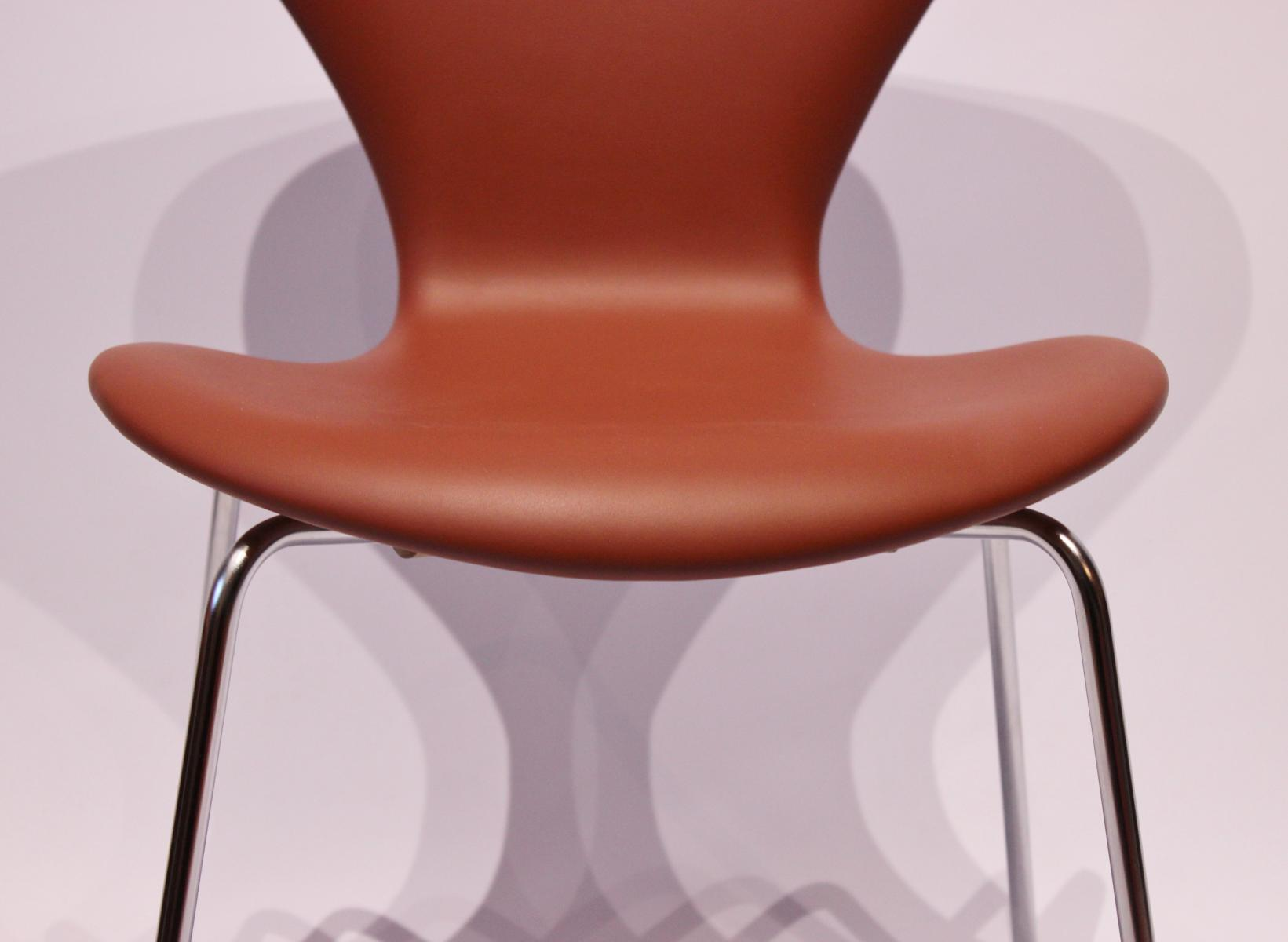Model 3107 Cognac-Colored Savanne Leather Chairs by Arne Jacobsen ...