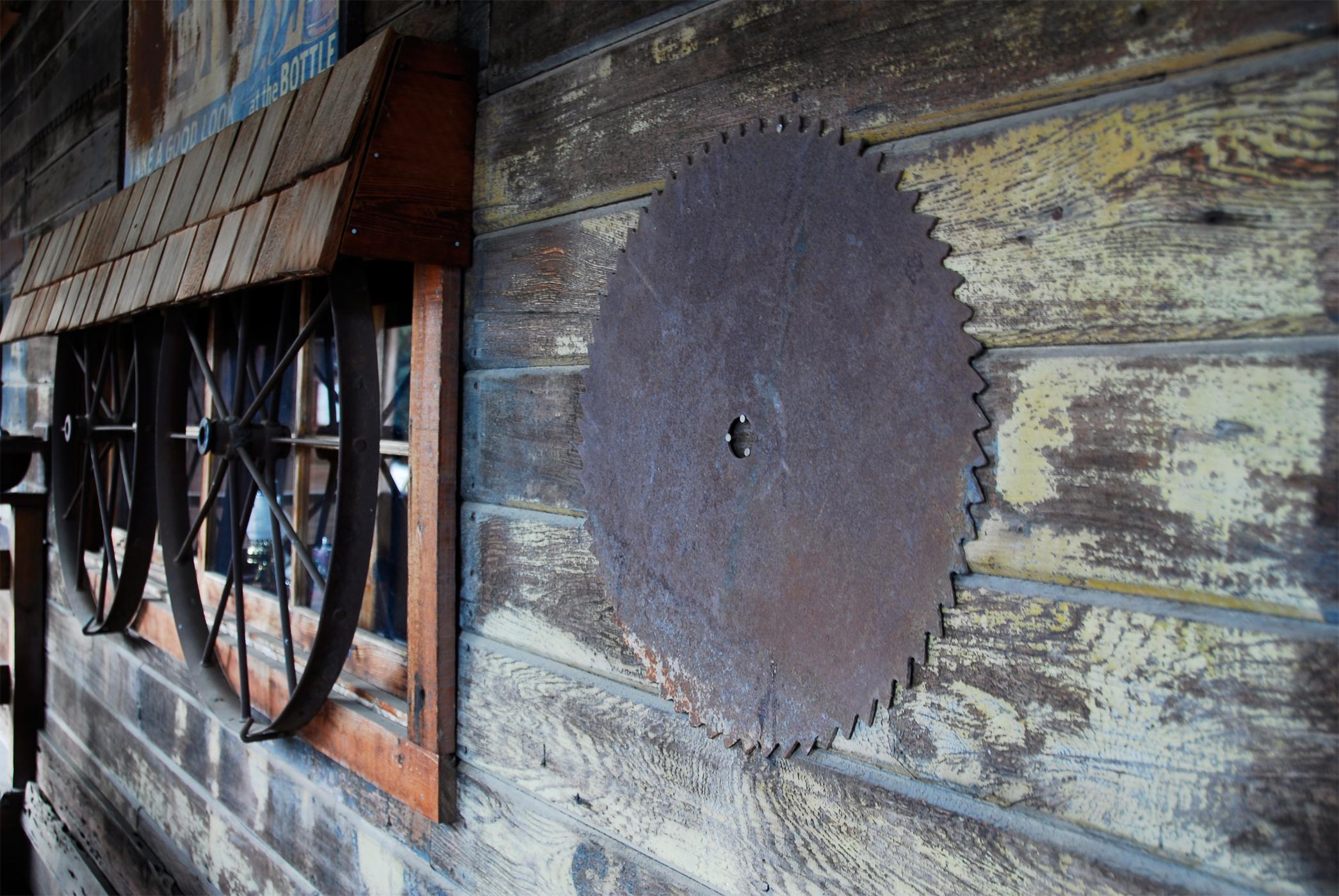Saw blade & wagon wheel windows photo