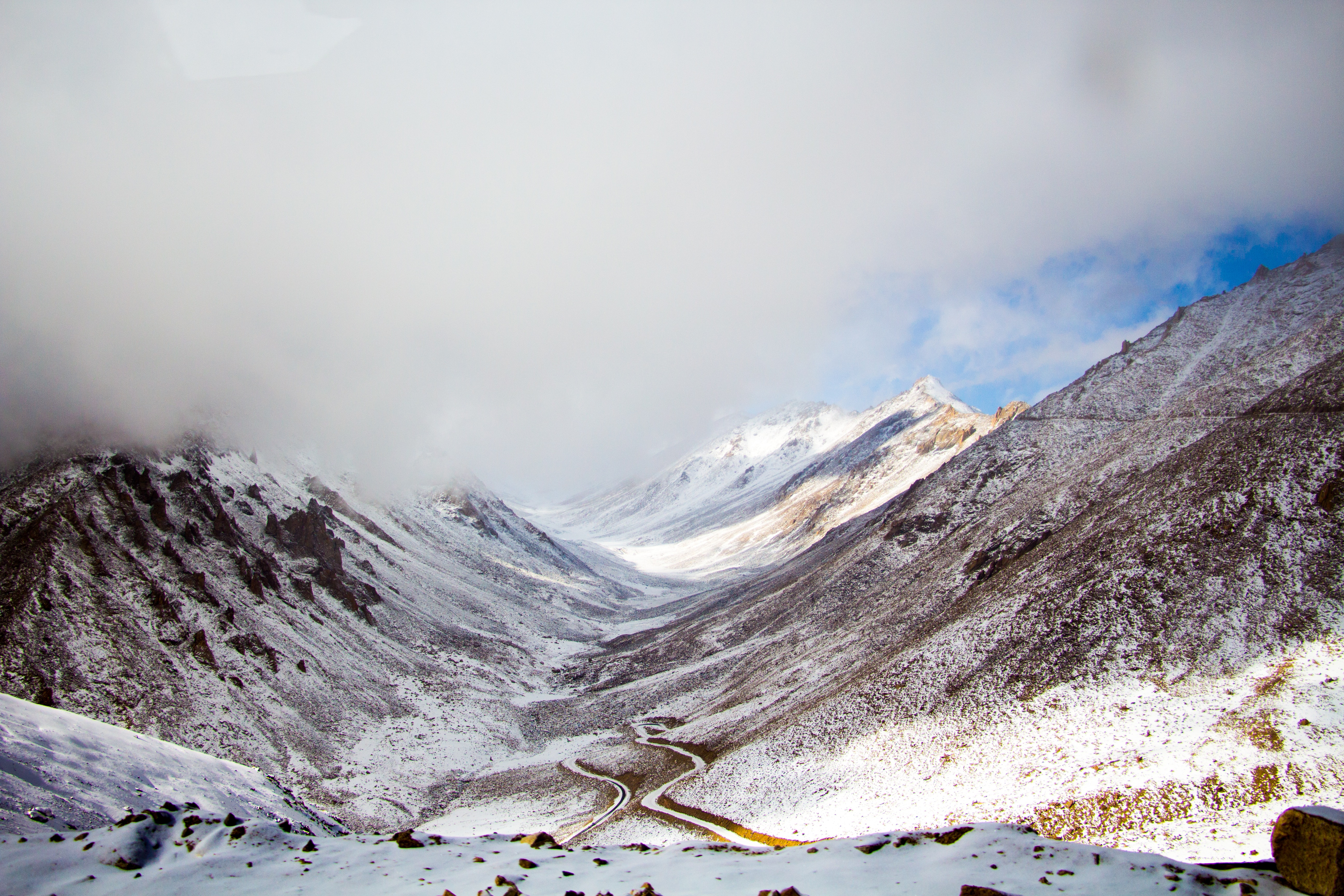 Scenic Photography of Snowy Mountains, Clouds, Snow capped, Over the clouds, Scenery, HQ Photo