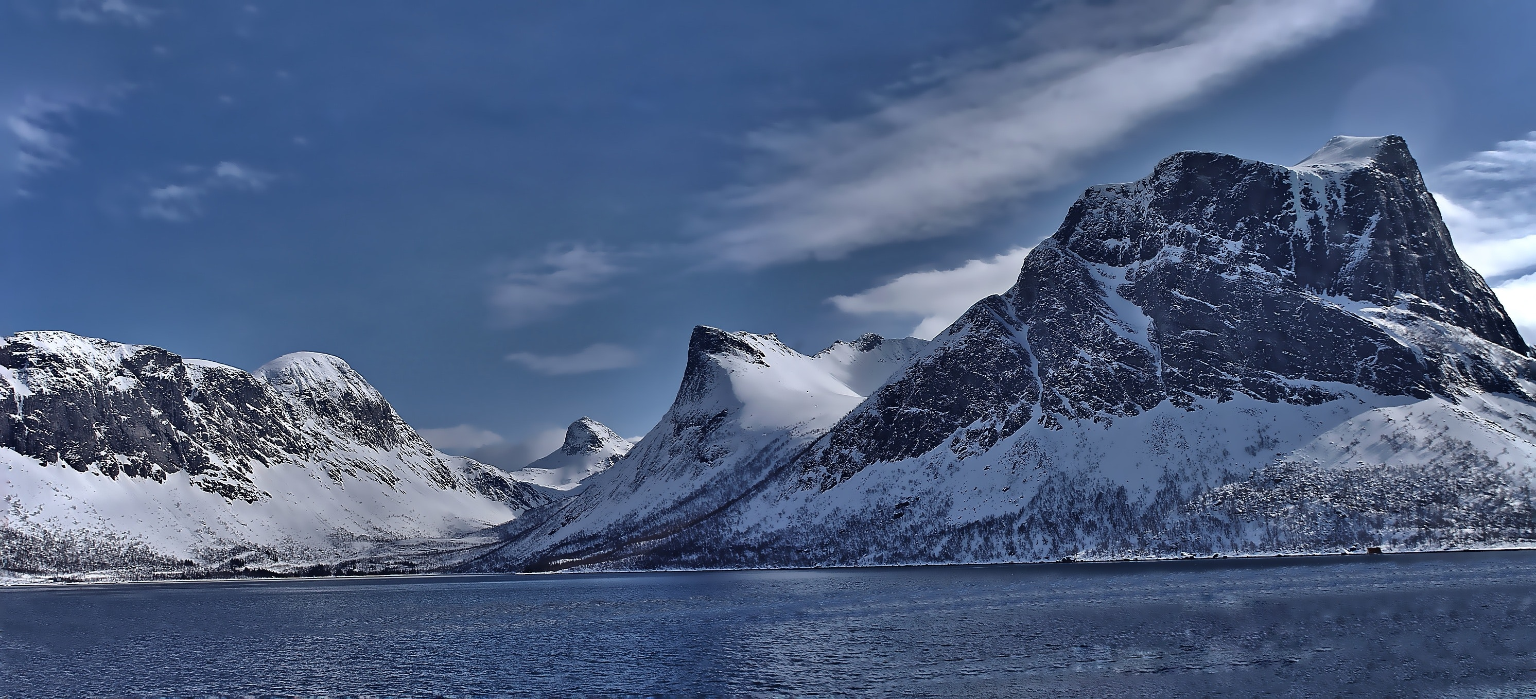 Scenic View of Lake Against Mountain Range, Light, Winter, Water, Travel, HQ Photo