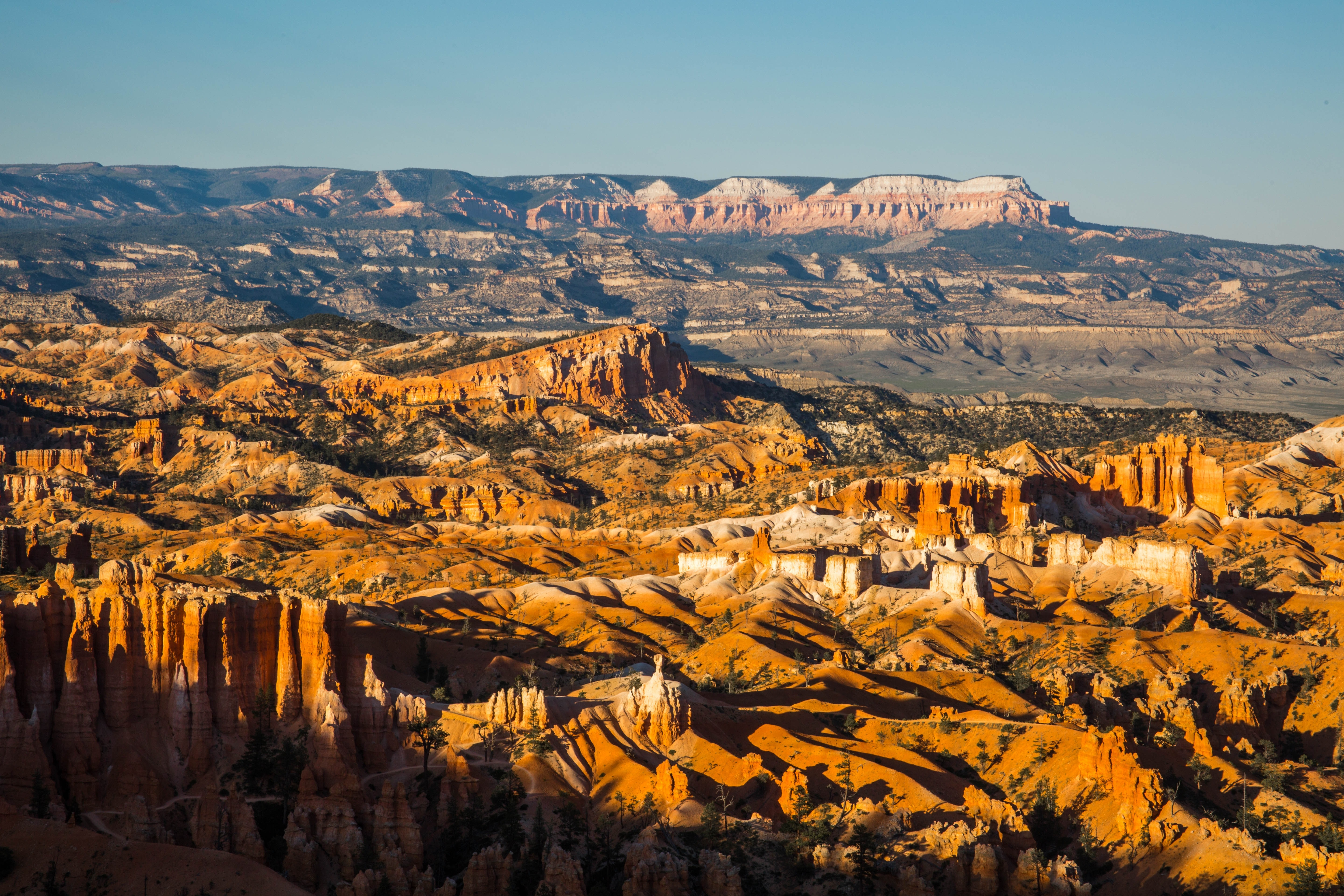 Scenic View Of Landscape And Mountains Nature Sandstone Utah Hq