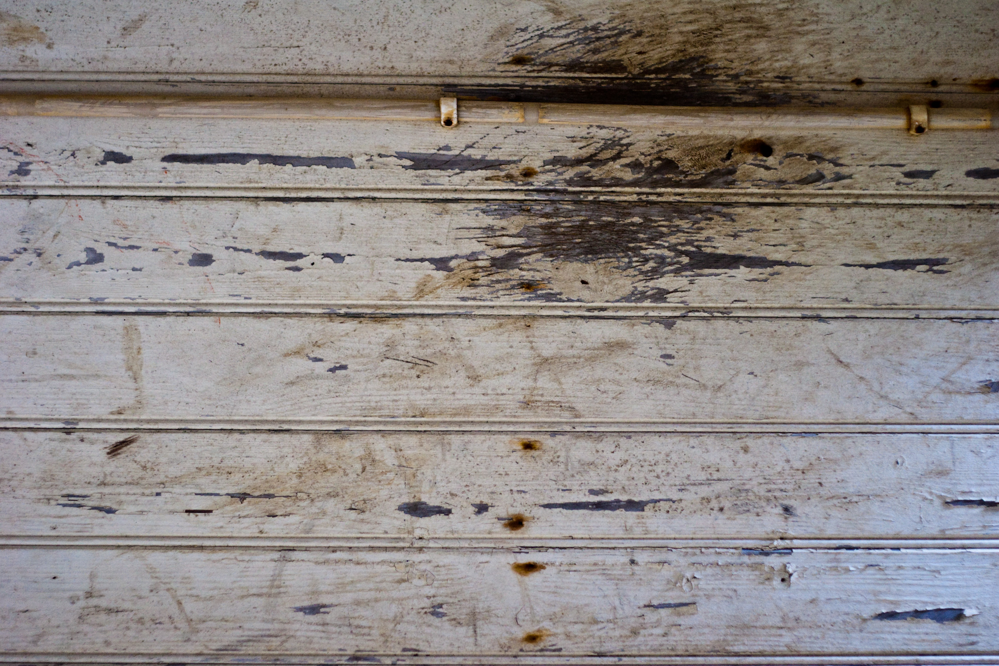 Scratched Wooden Wall, Cable, Dirty, Electric, Filthy, HQ Photo