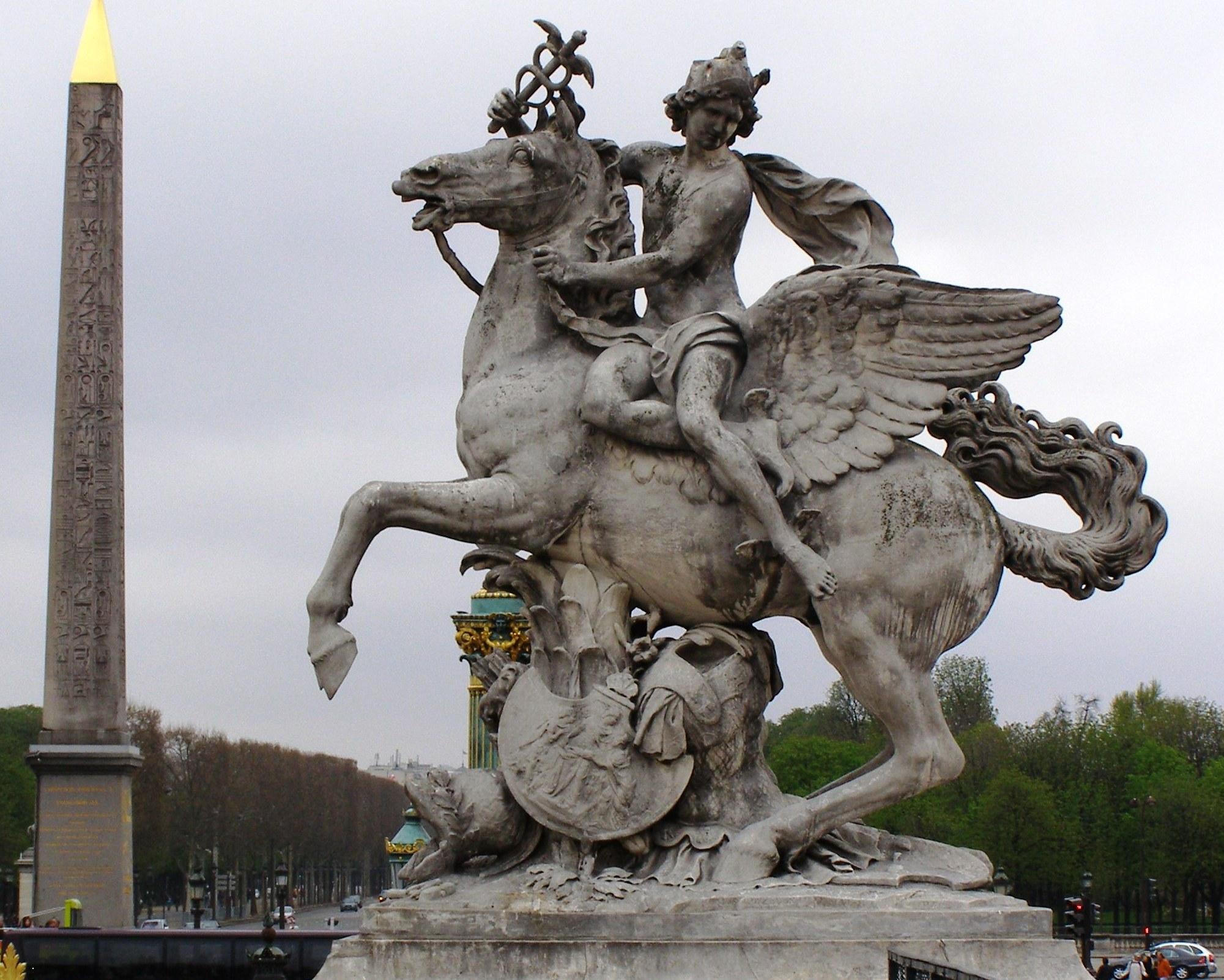 Statues in Paris | My French Awakening