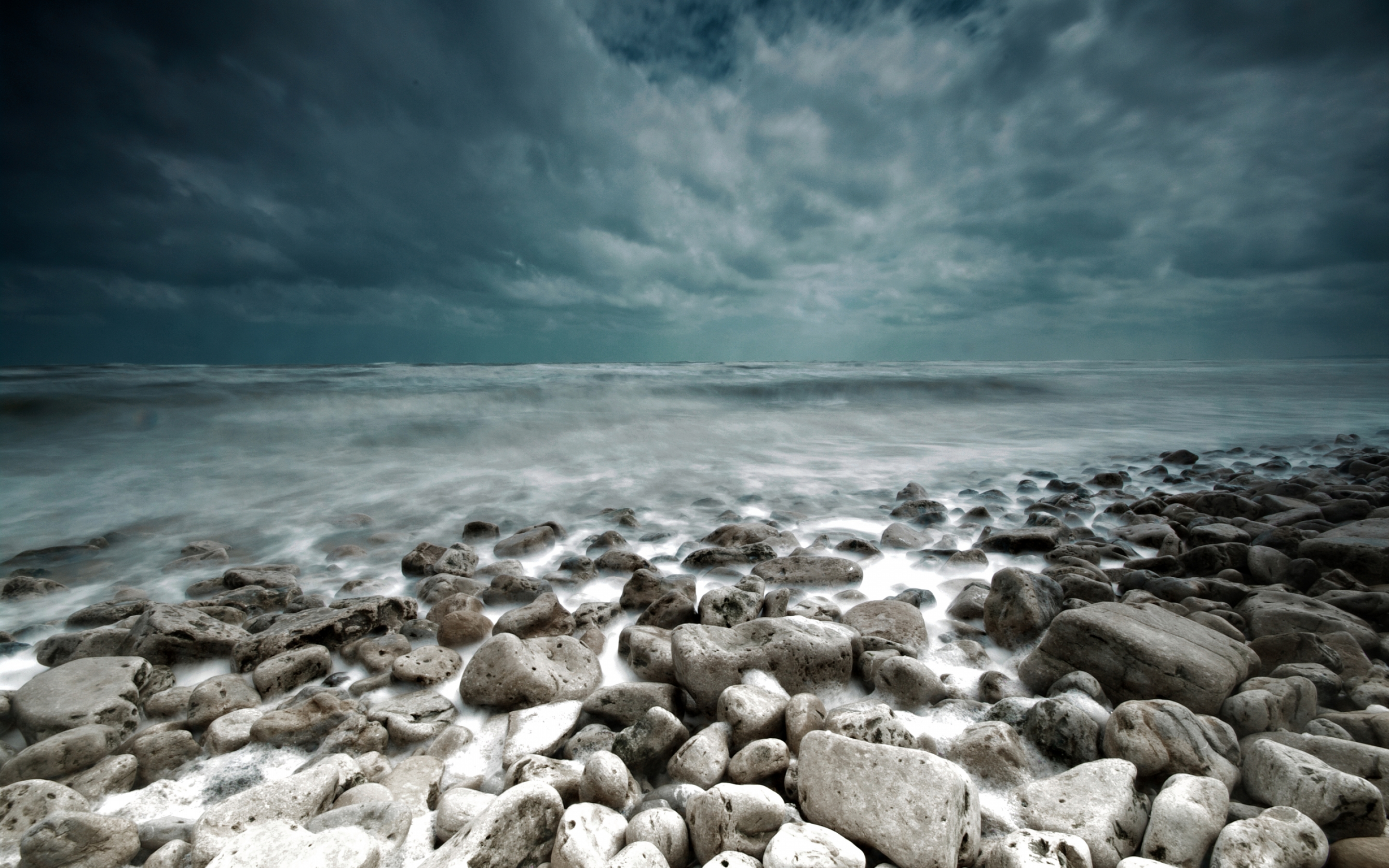 Sea and Stones wallpaper | 2880x1800 | 5032 | WallpaperUP