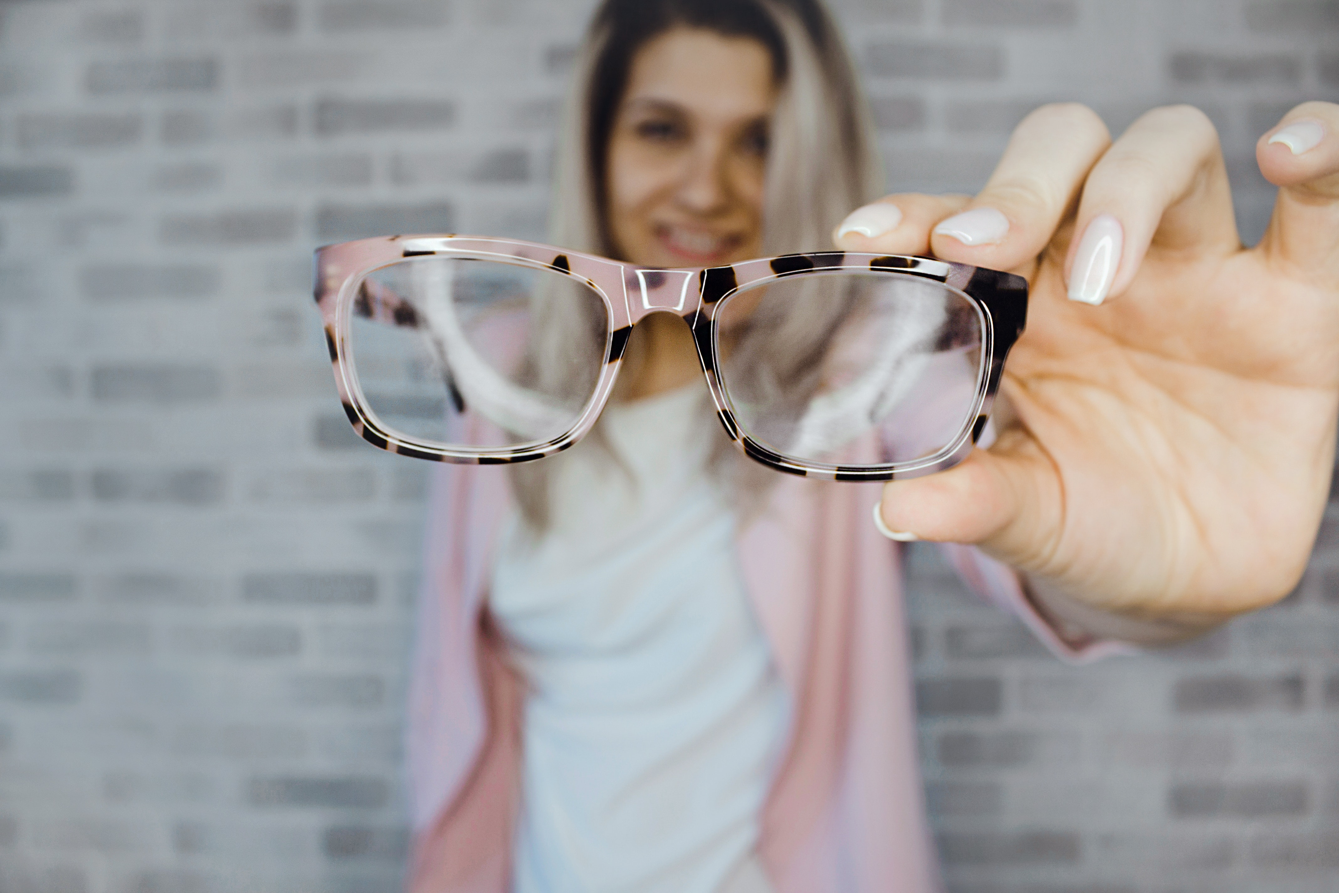 Selective Focus Photography of Pink and Black Framed Eyeglasses, Blonde hair, Pink, Manicure, Manicured nails, HQ Photo