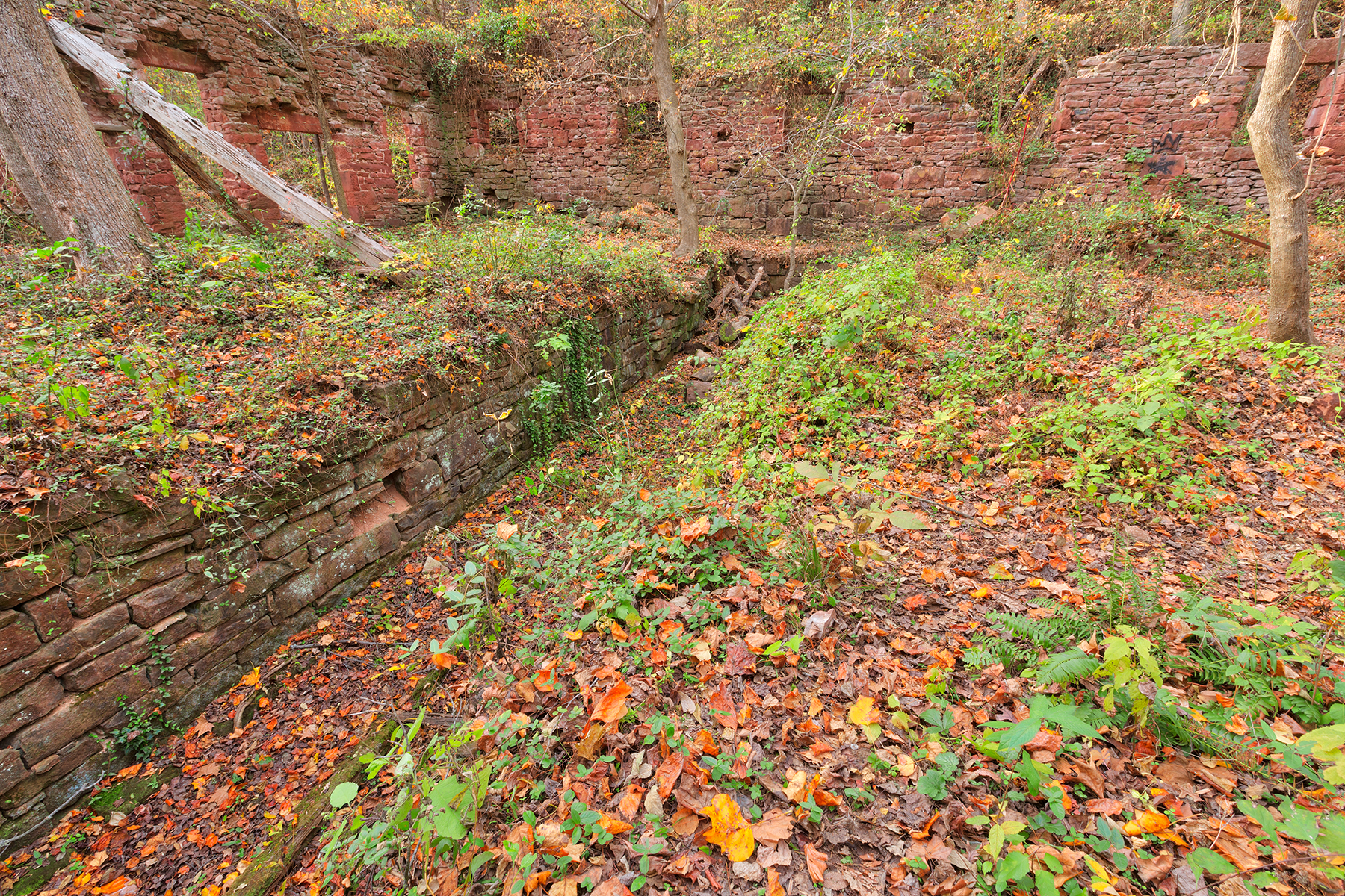 Seneca mill fall ruins - hdr photo