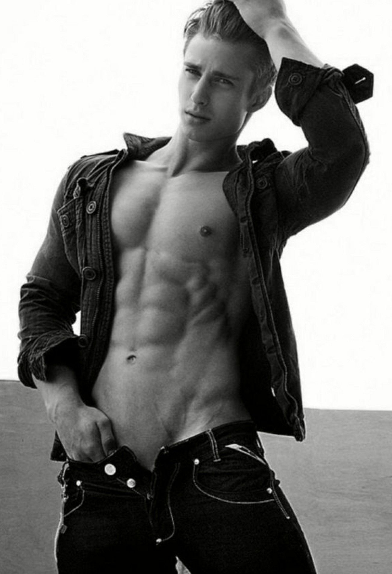 Sexy guy | Men Black & White | Pinterest | Male torso and Sexy guys