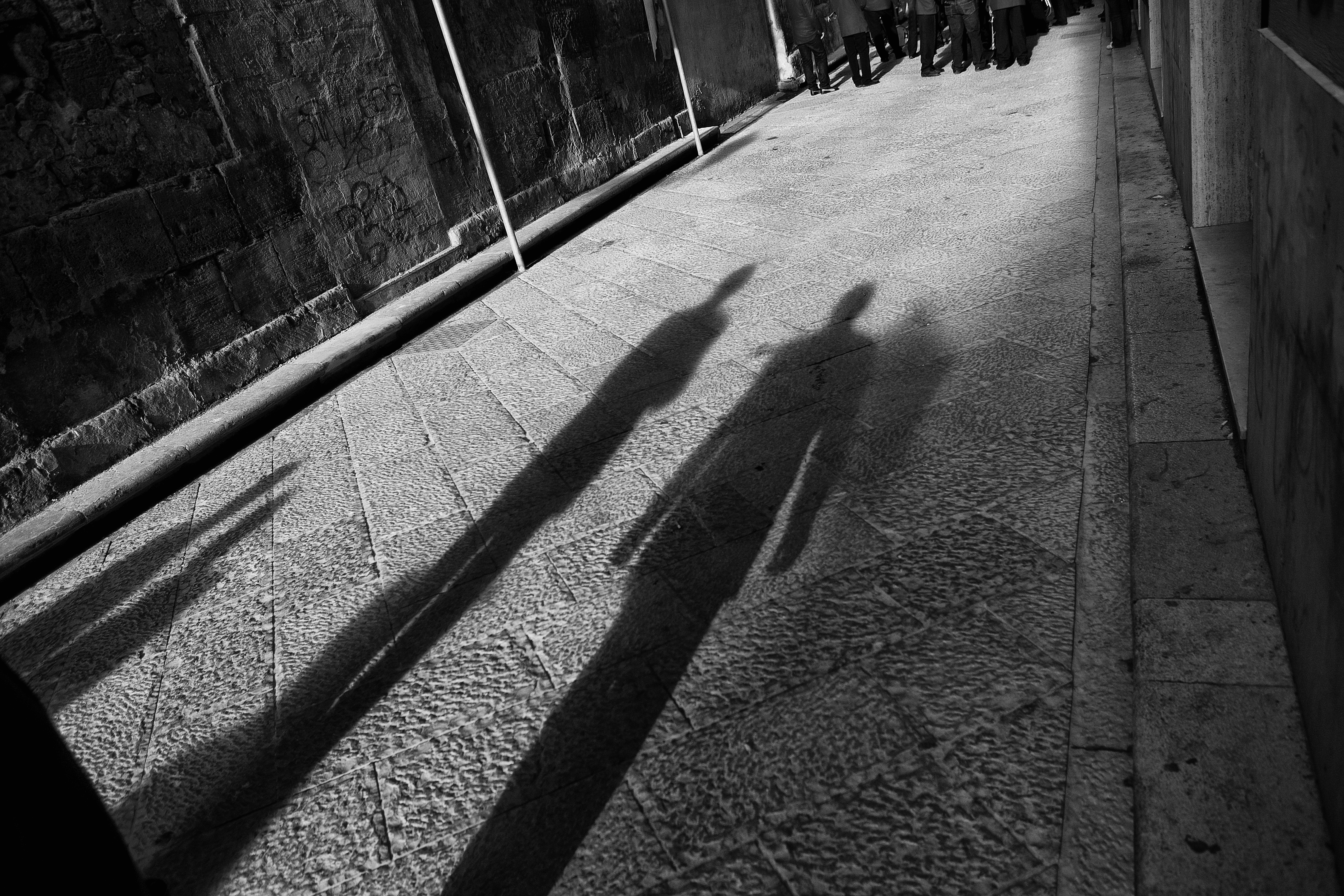 Shadows of the Band, Black, Bogaert, Form, Italy, HQ Photo