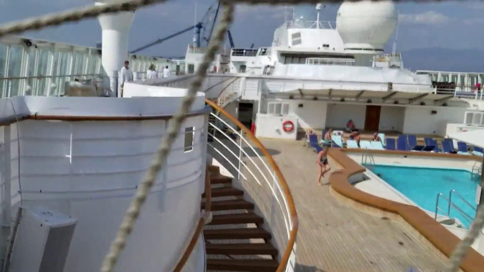 Passengers frustrated after cruise ship becomes 'construction zone ...