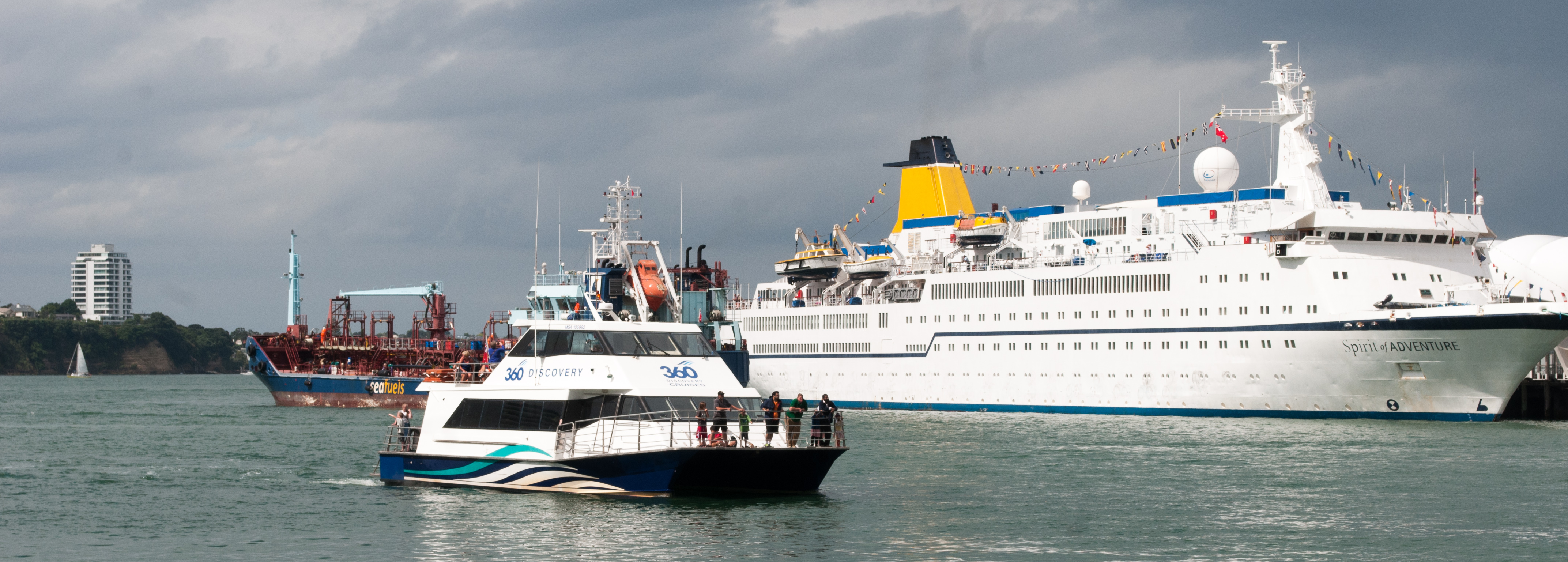 Ships in auckland harbour photo