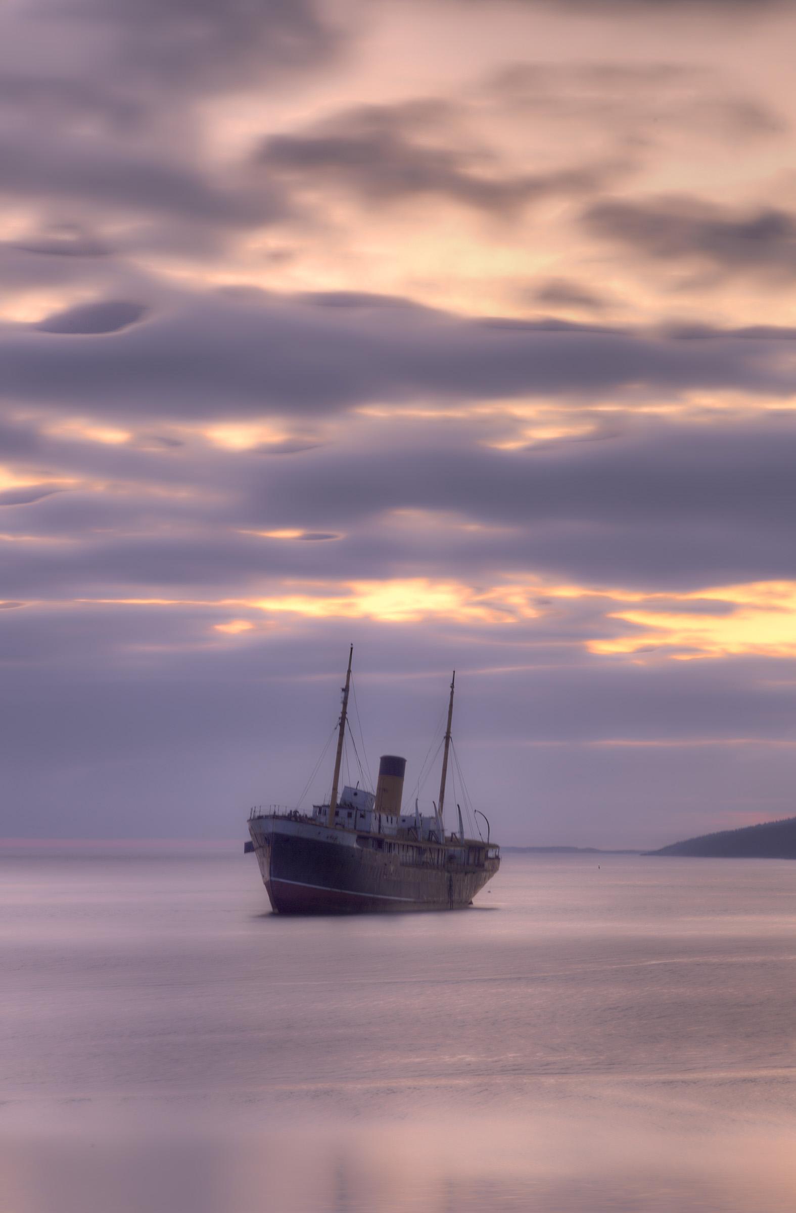 Shipwreck, Black, Summertime, Sink, Sinking, HQ Photo