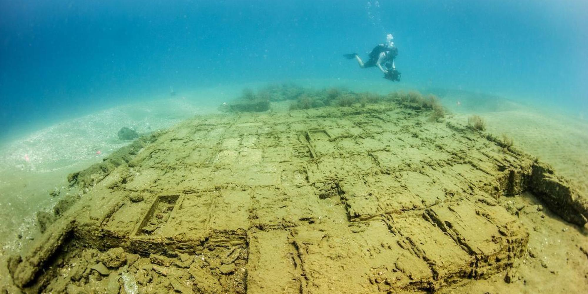 Scientists Identify Mysterious, Sword-Filled Caribbean Shipwreck ...