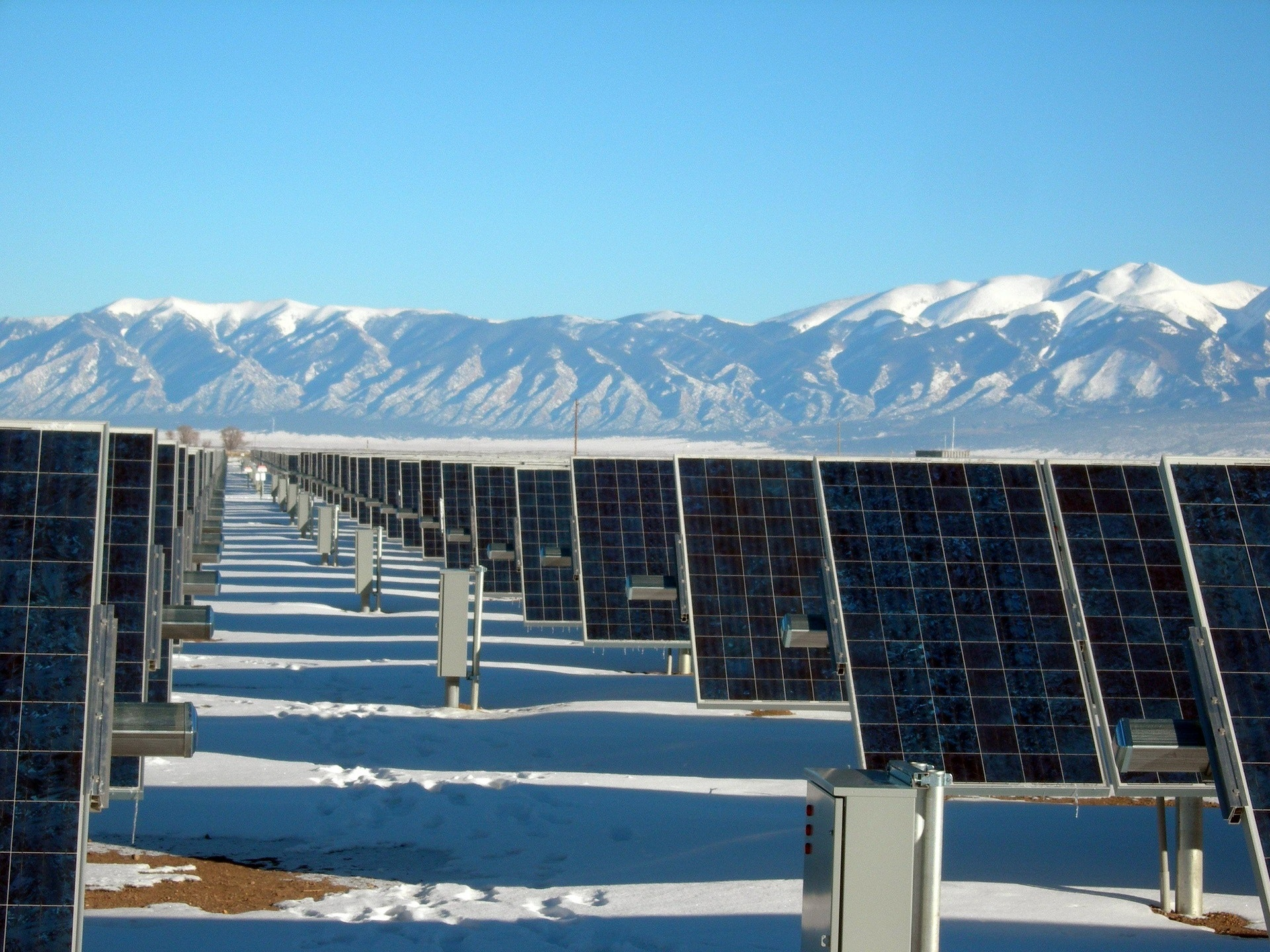 Silver and Black Solar Panels on Snow Covered Ground, Cold, Energy, Mountains, Power, HQ Photo