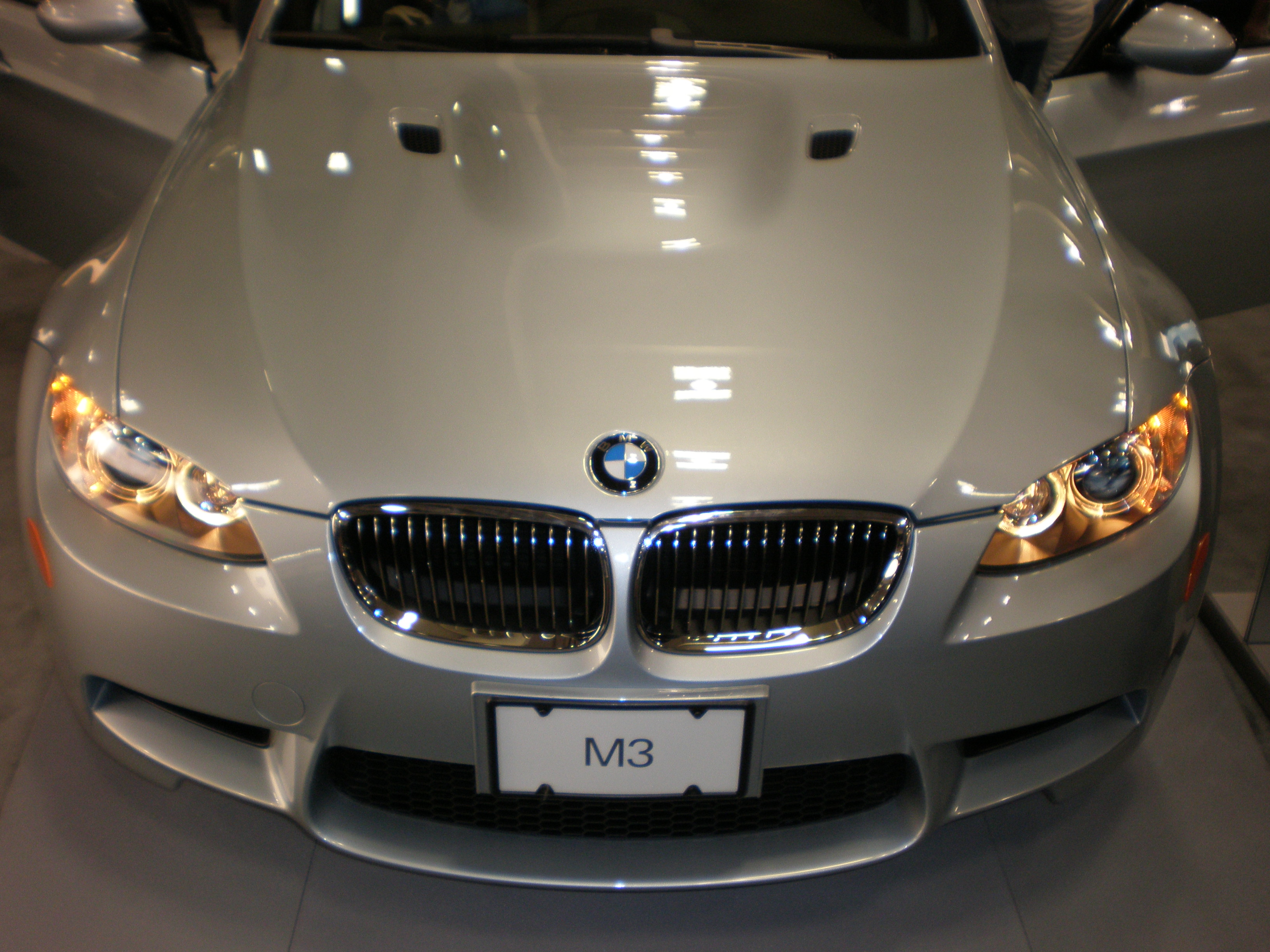 File:2009 silver BMW M3 sedan front.JPG - Wikimedia Commons