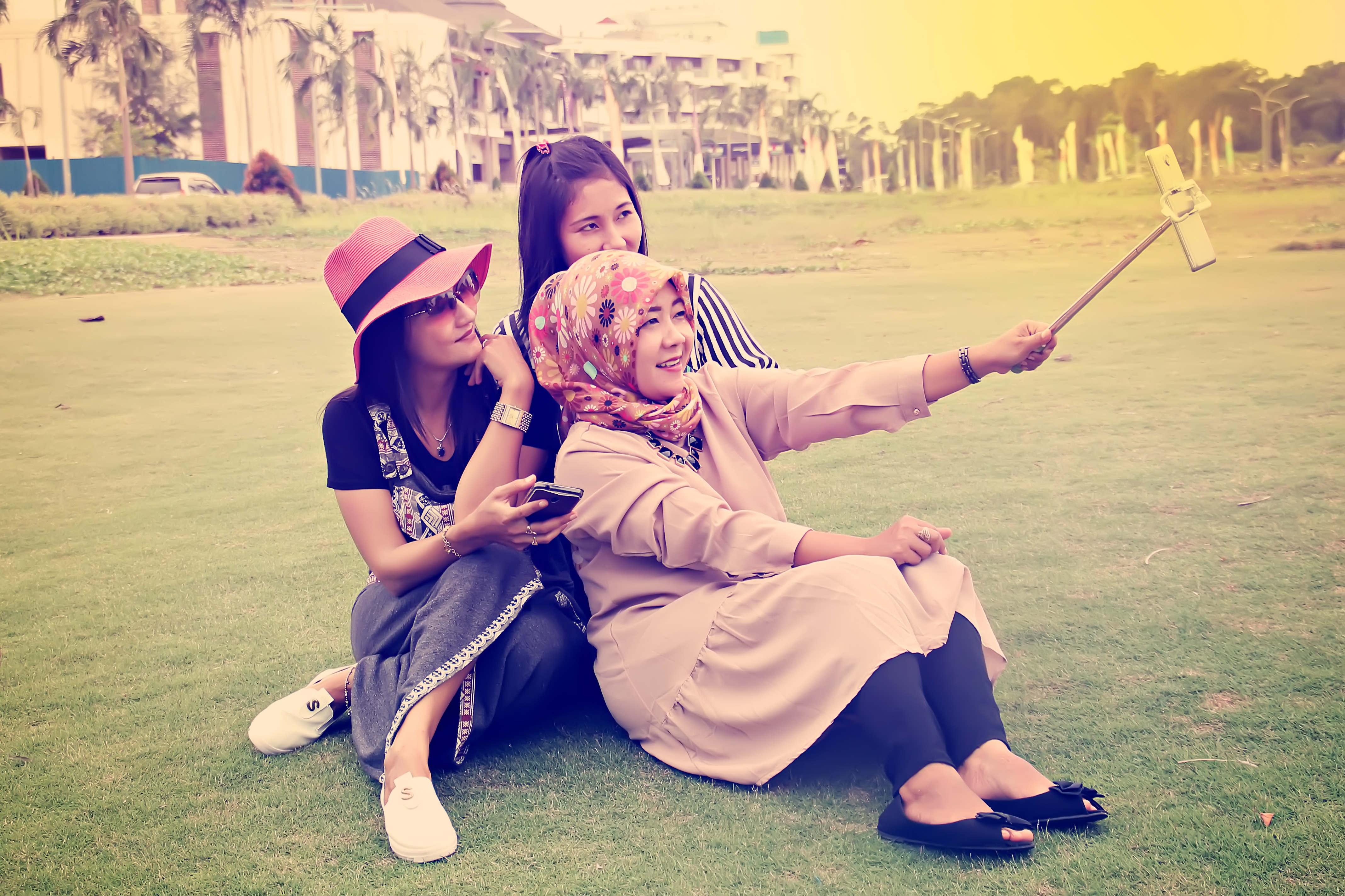 Sister Selfie, Fun, Girls, Indonesia, Mobile, HQ Photo