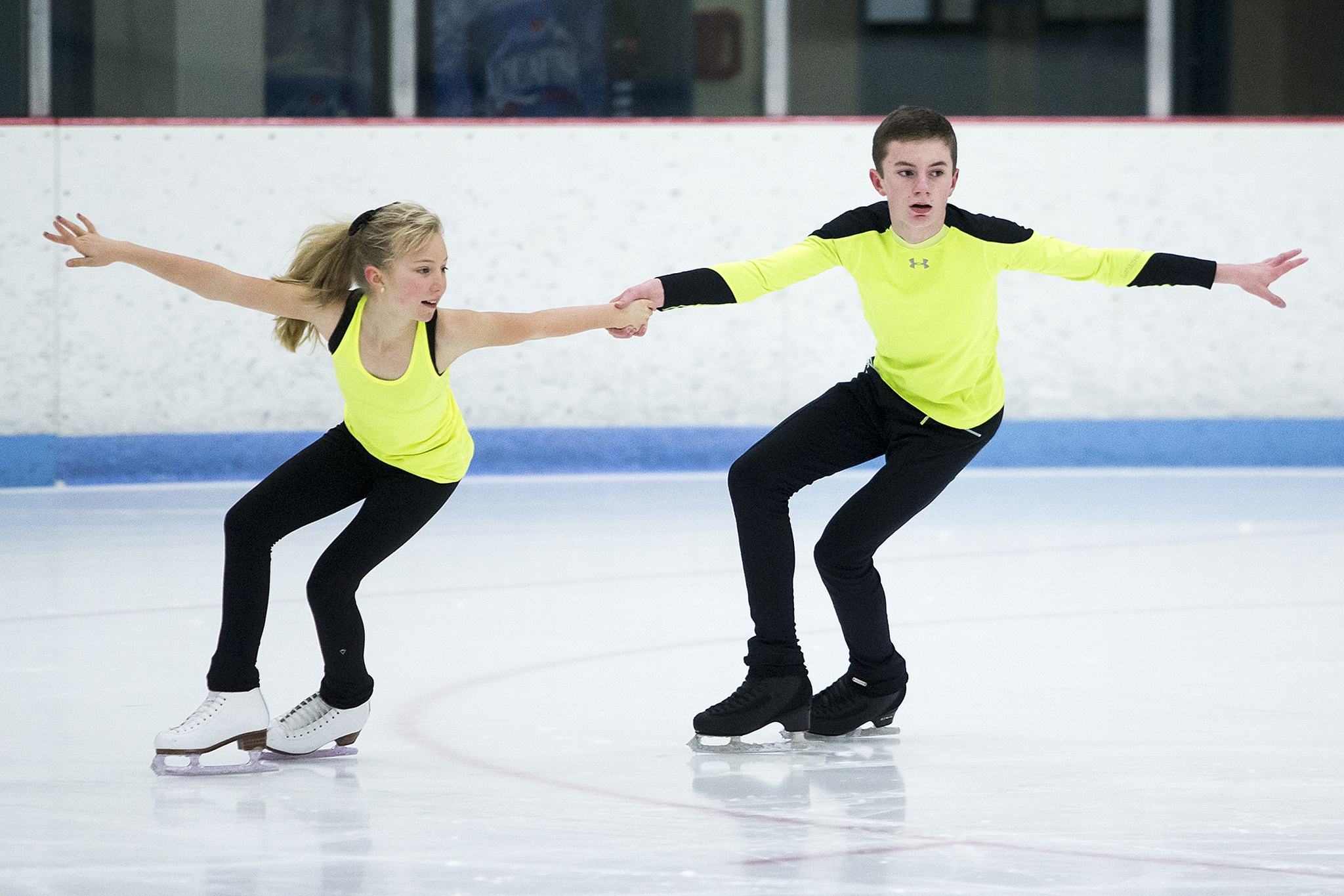 Snohomish siblings qualify for national skating championships ...