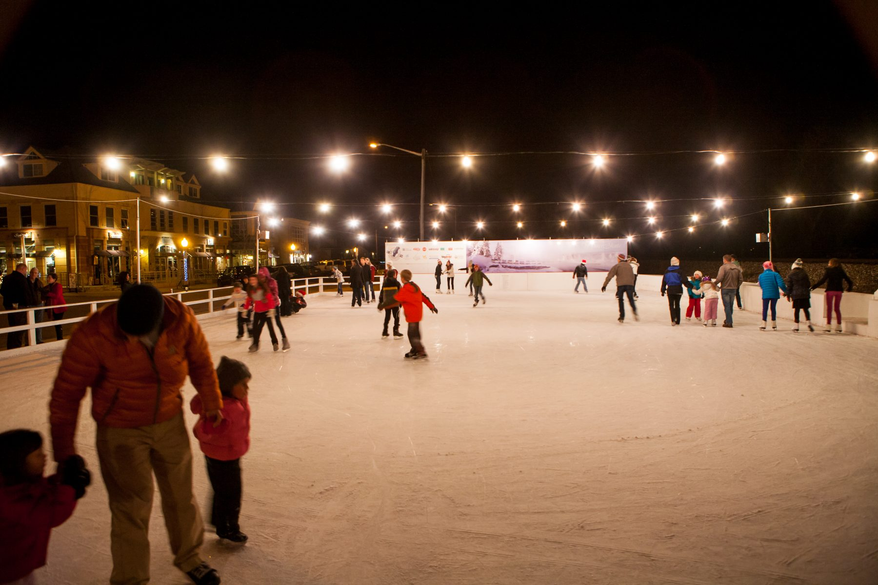 9 outdoor ice skating rinks in Colorado worth the chill — The Know