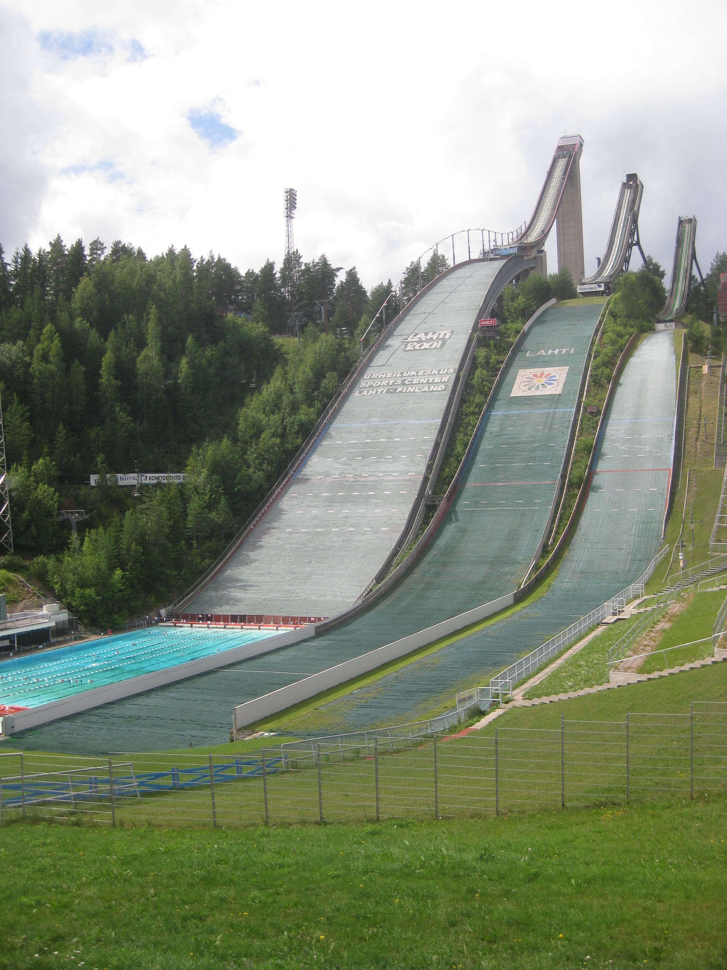 File:Salpausselkä ski jumping hill in summer.JPG - Wikimedia Commons