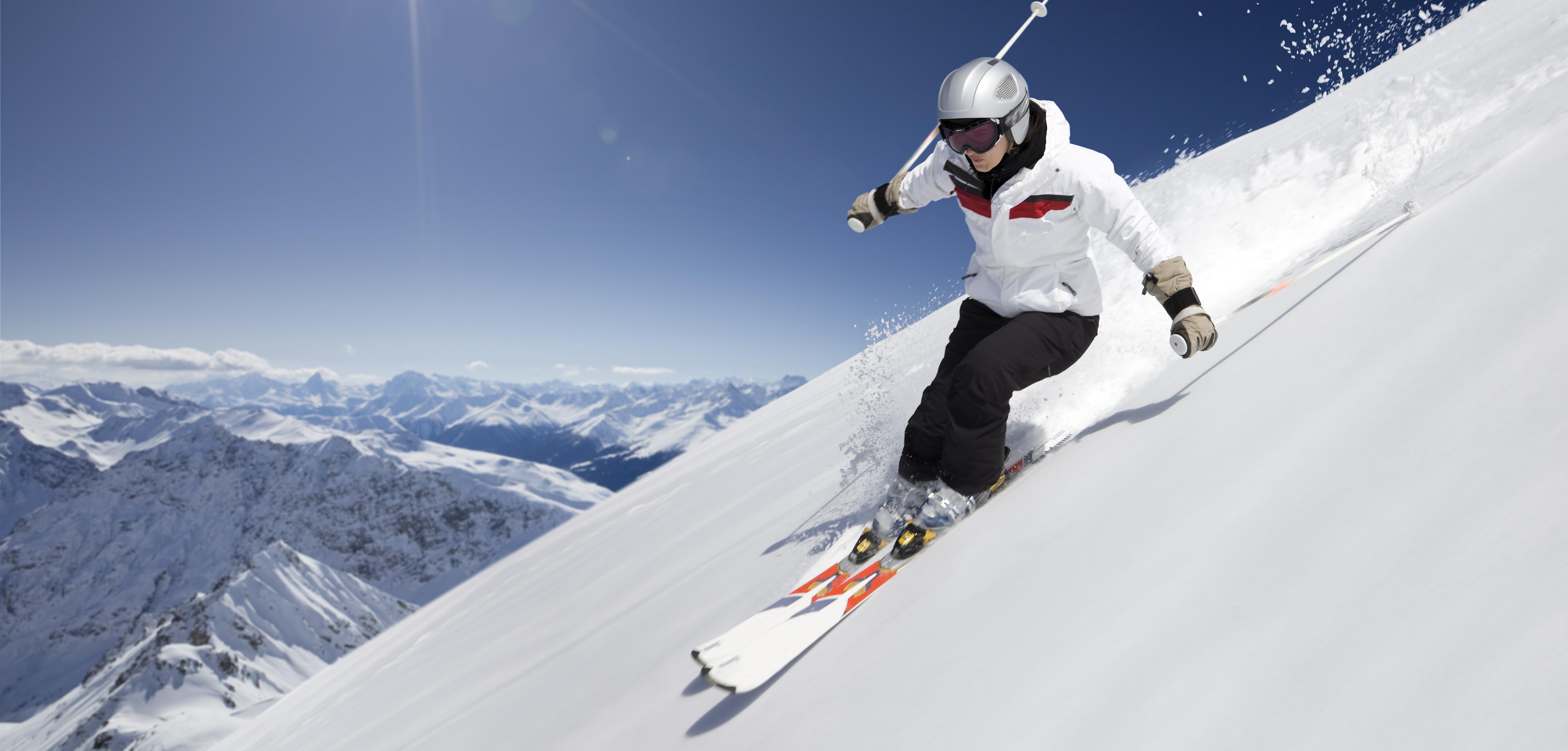skiier - SportsCover Direct