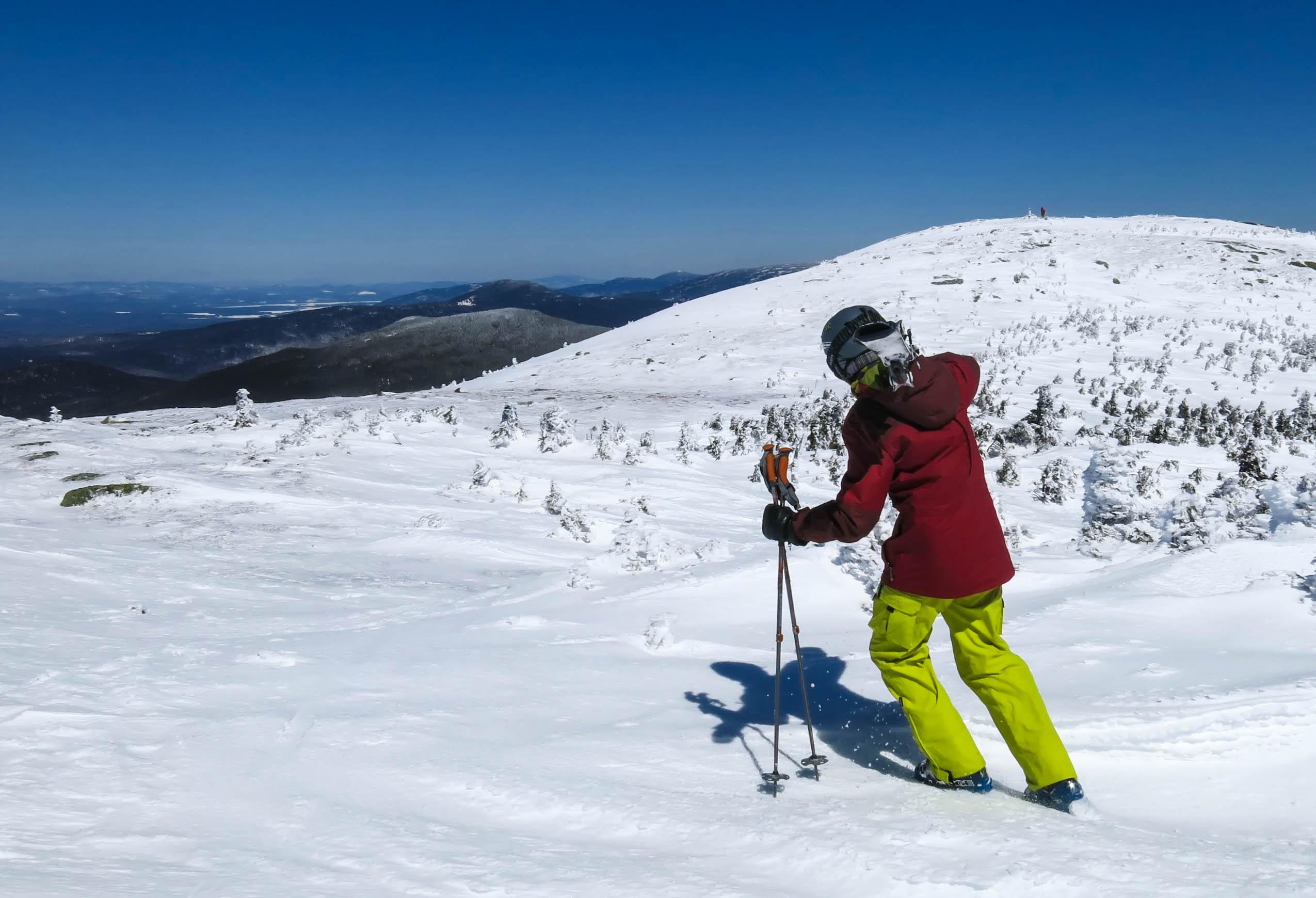 File:Skiier on saddleback.jpg - Wikimedia Commons