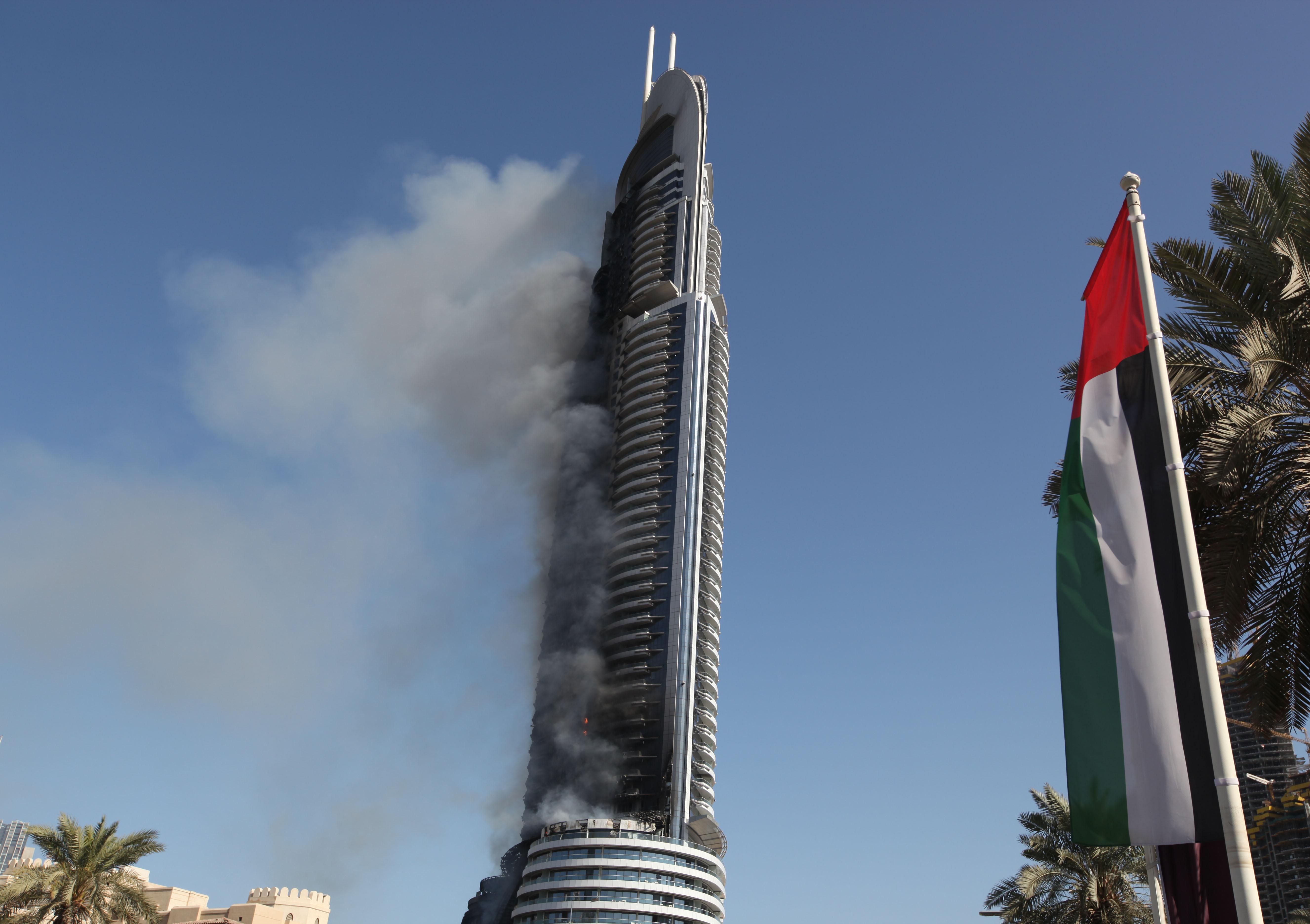 When Will Dubai Fix Its Burning Skyscraper Problem? | Gizmodo Australia